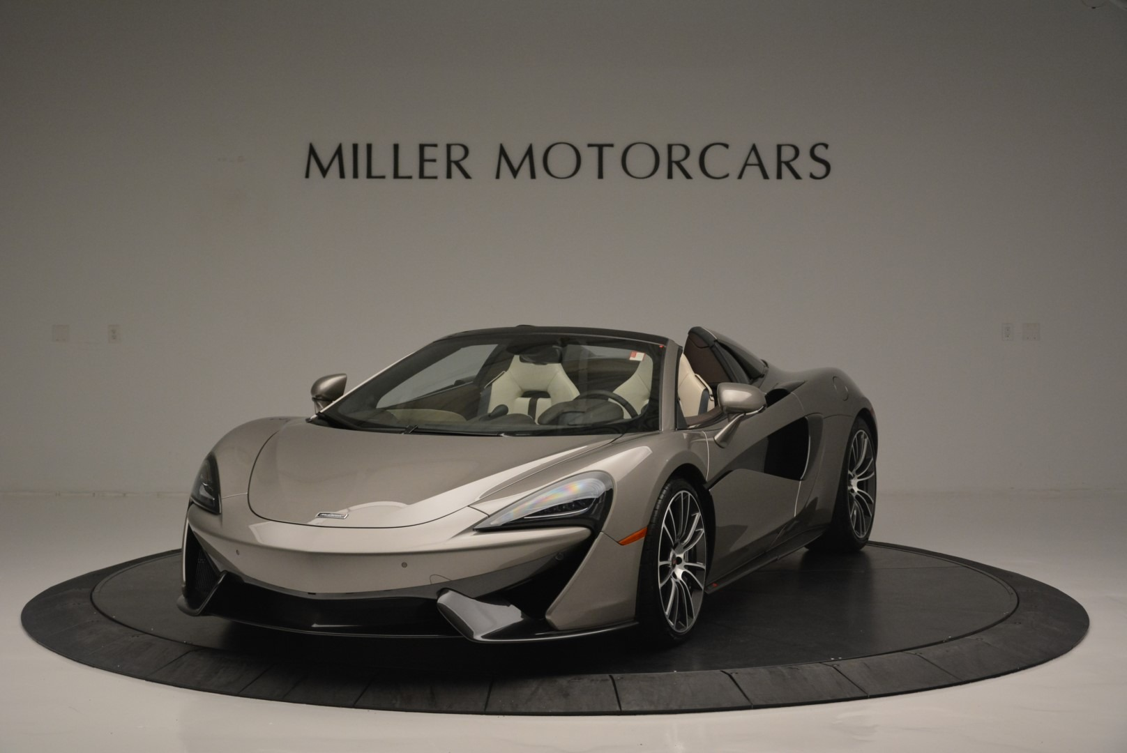 New 2018 McLaren 570S Spider For Sale In Greenwich, CT 2387_main
