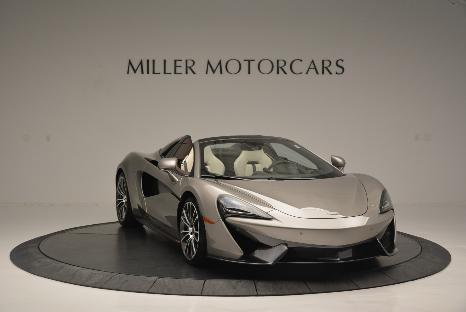 New 2018 McLaren 570S Spider For Sale In Greenwich, CT 2387_p11