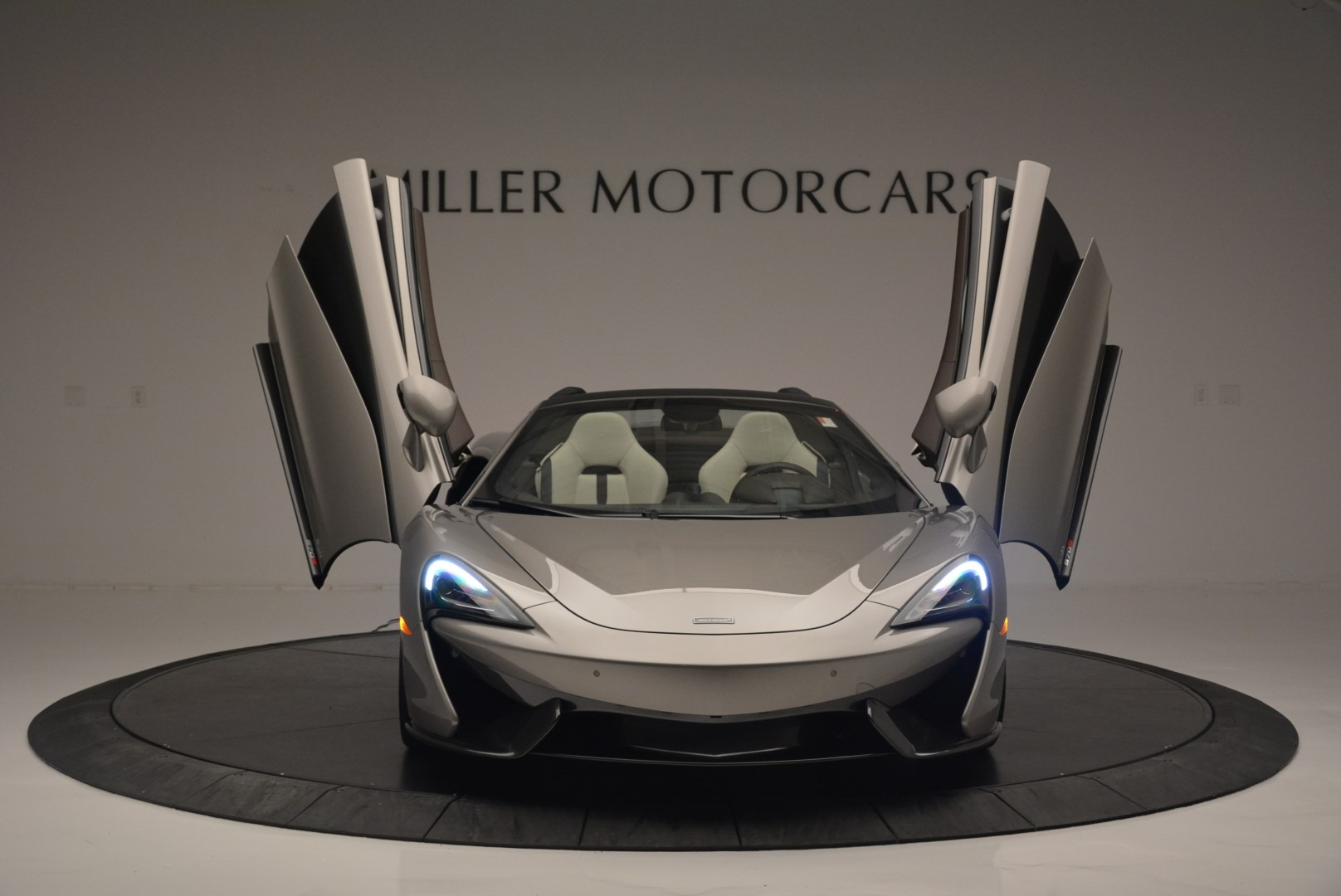New 2018 McLaren 570S Spider For Sale In Greenwich, CT 2387_p12