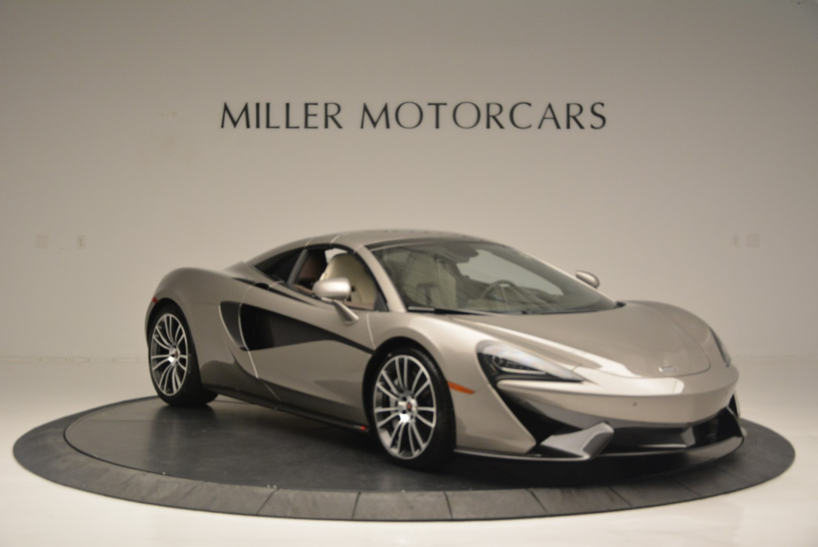 New 2018 McLaren 570S Spider For Sale In Greenwich, CT 2387_p20