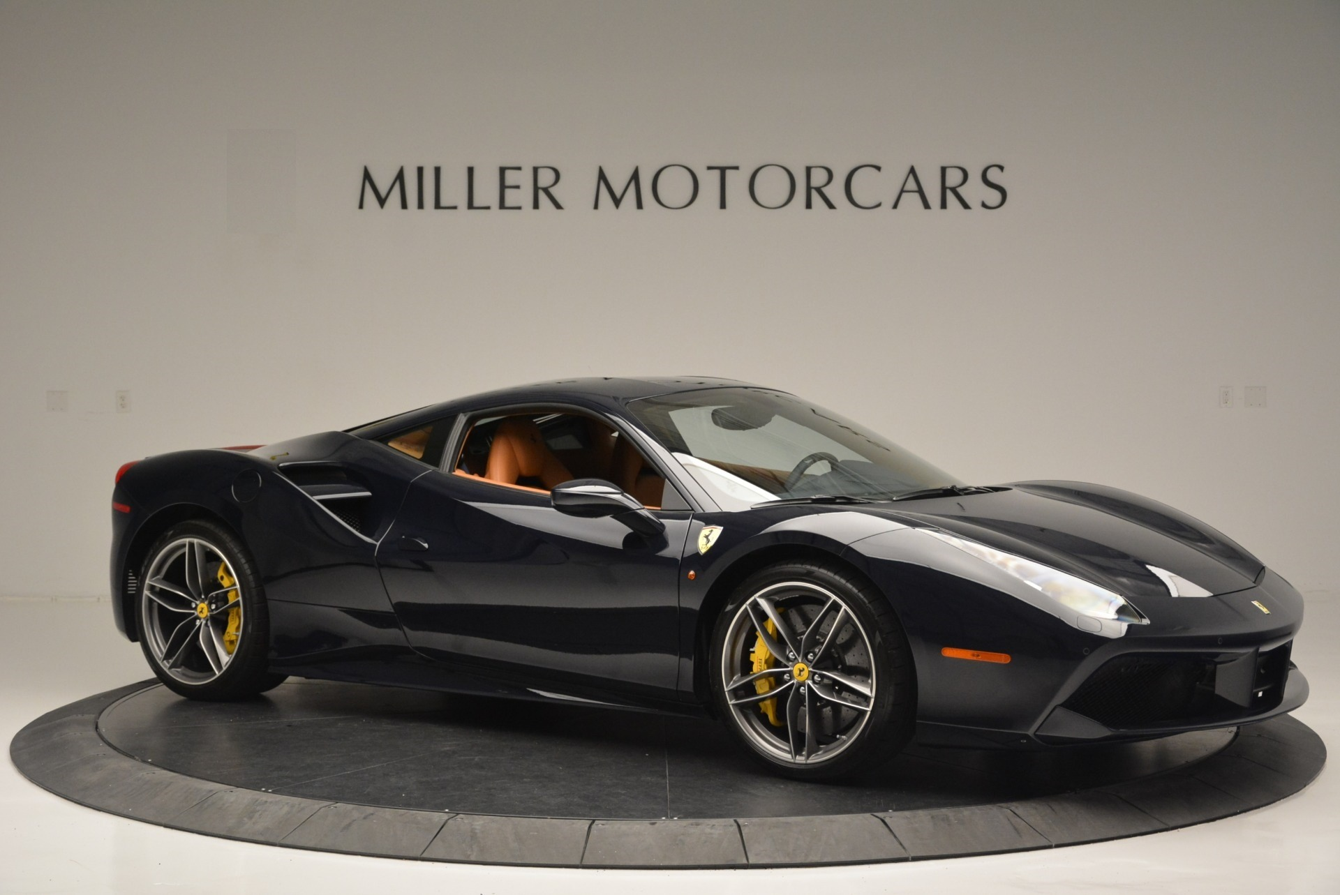 Used 2018 Ferrari 488 GTB  For Sale In Greenwich, CT 2388_p10