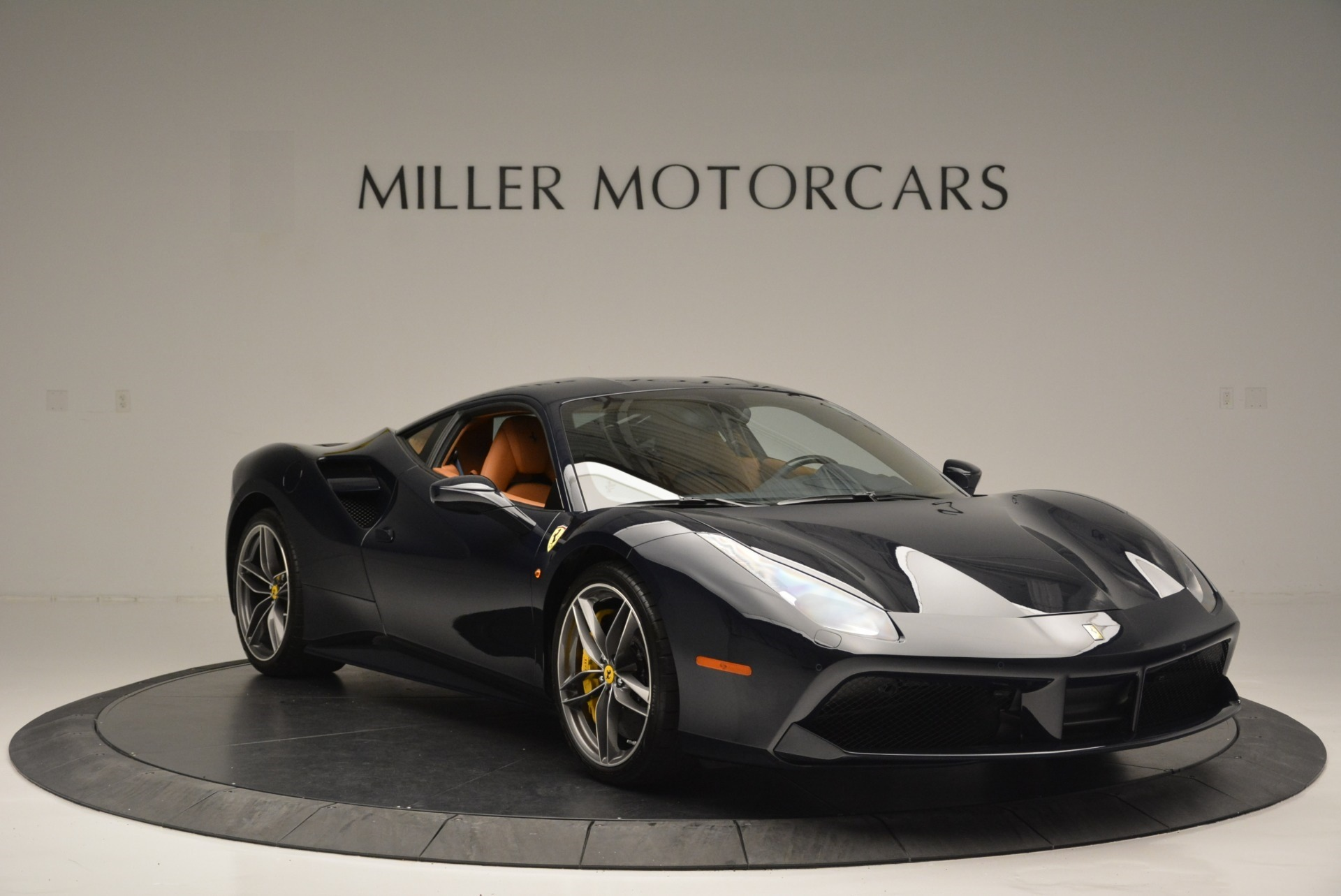 Used 2018 Ferrari 488 GTB  For Sale In Greenwich, CT 2388_p11