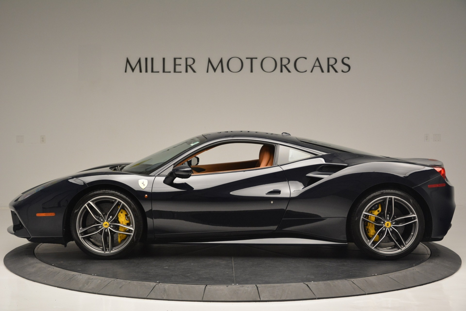 Used 2018 Ferrari 488 GTB  For Sale In Greenwich, CT 2388_p3