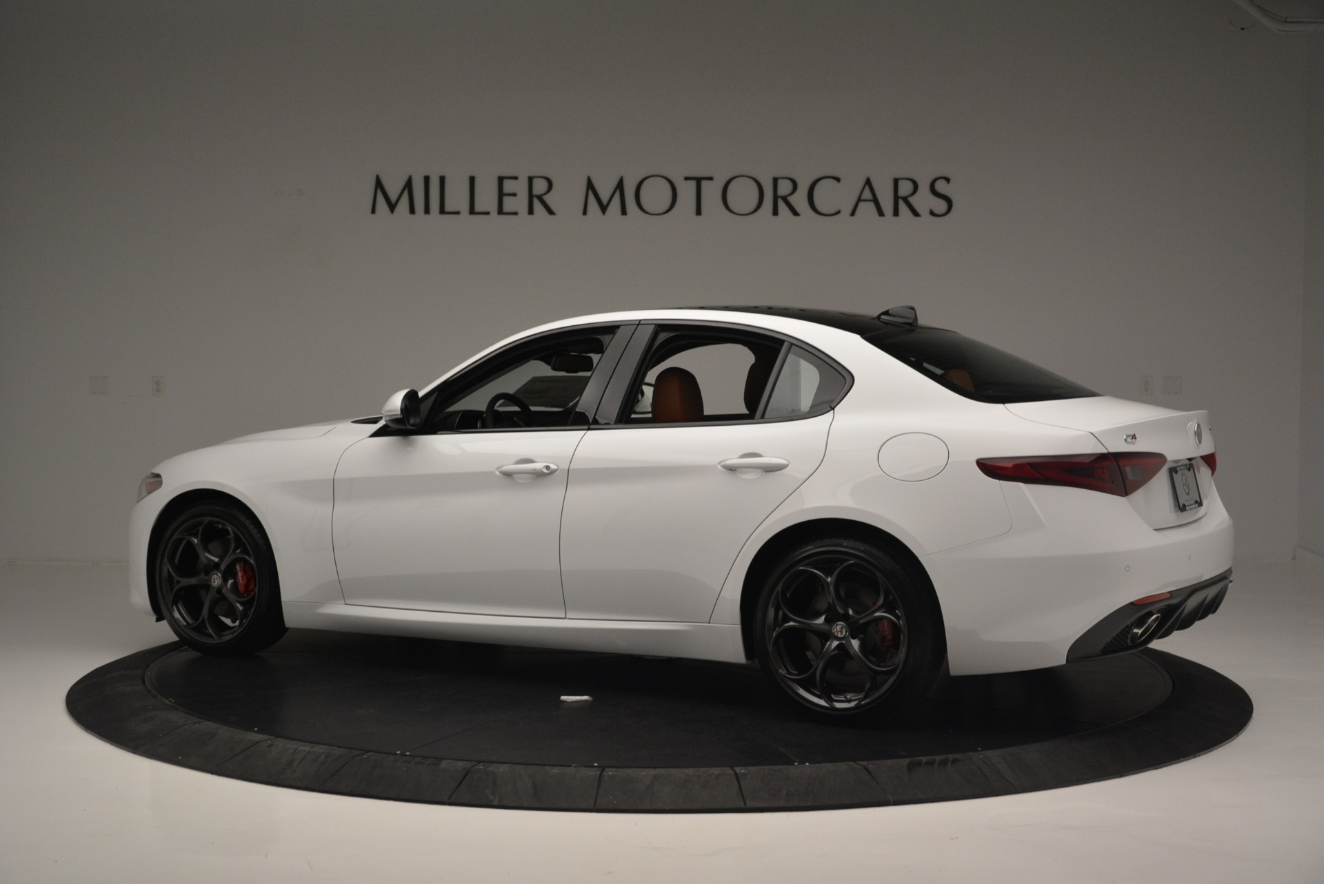 New 2018 Alfa Romeo Giulia Ti Sport Q4 For Sale In Greenwich, CT 2399_p4