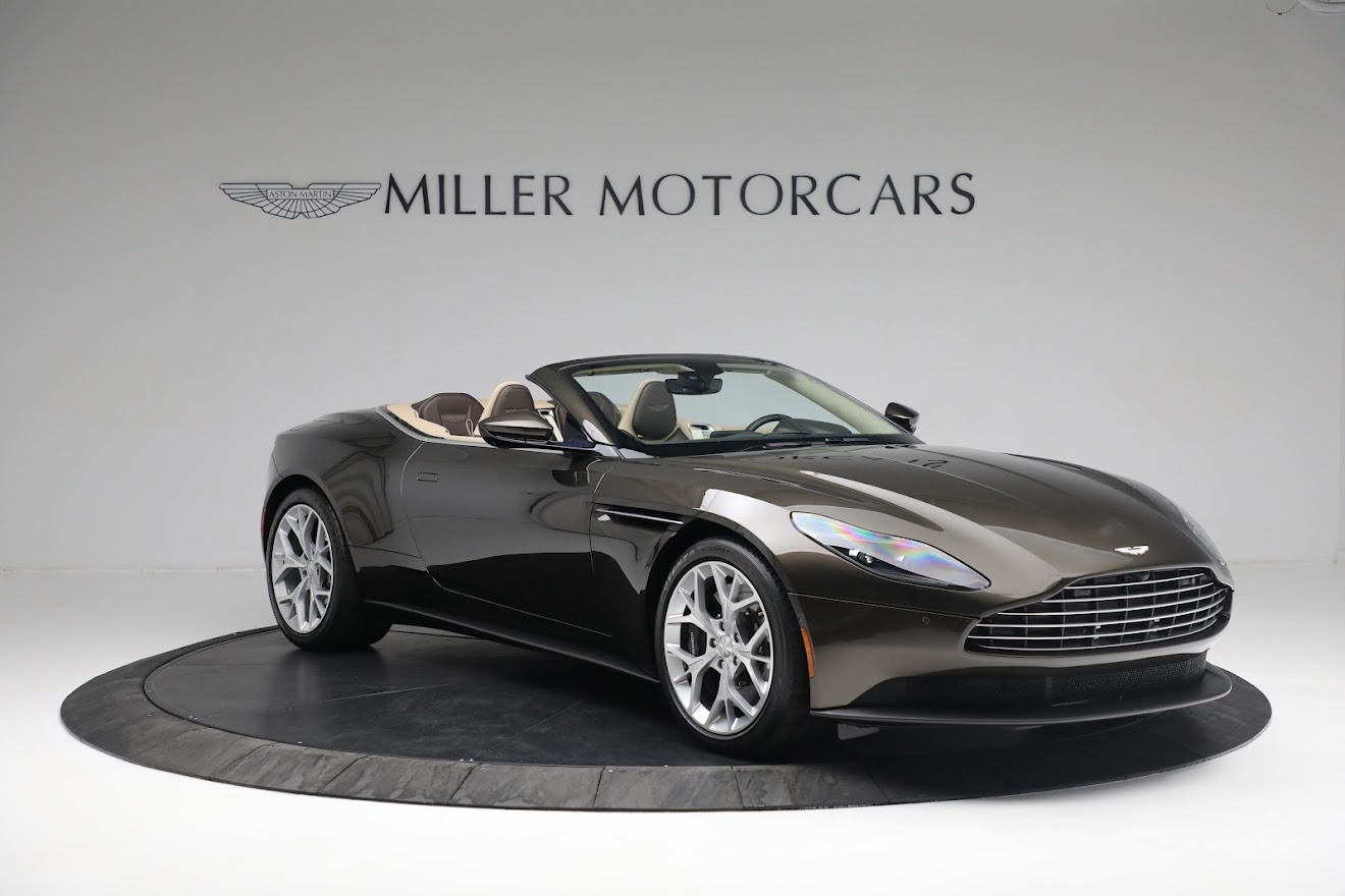 New 2019 Aston Martin DB11 V8 Convertible For Sale In Greenwich, CT 2410_p10