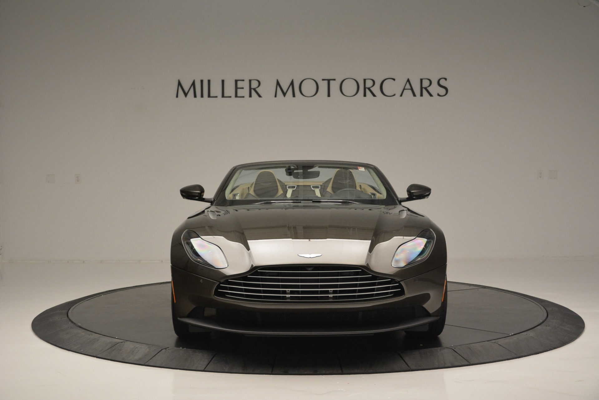 New 2019 Aston Martin DB11 V8 Convertible For Sale In Greenwich, CT 2410_p12