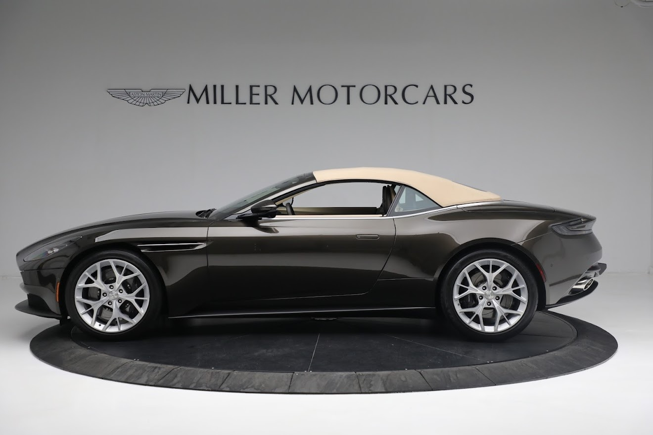 New 2019 Aston Martin DB11 V8 Convertible For Sale In Greenwich, CT 2410_p14