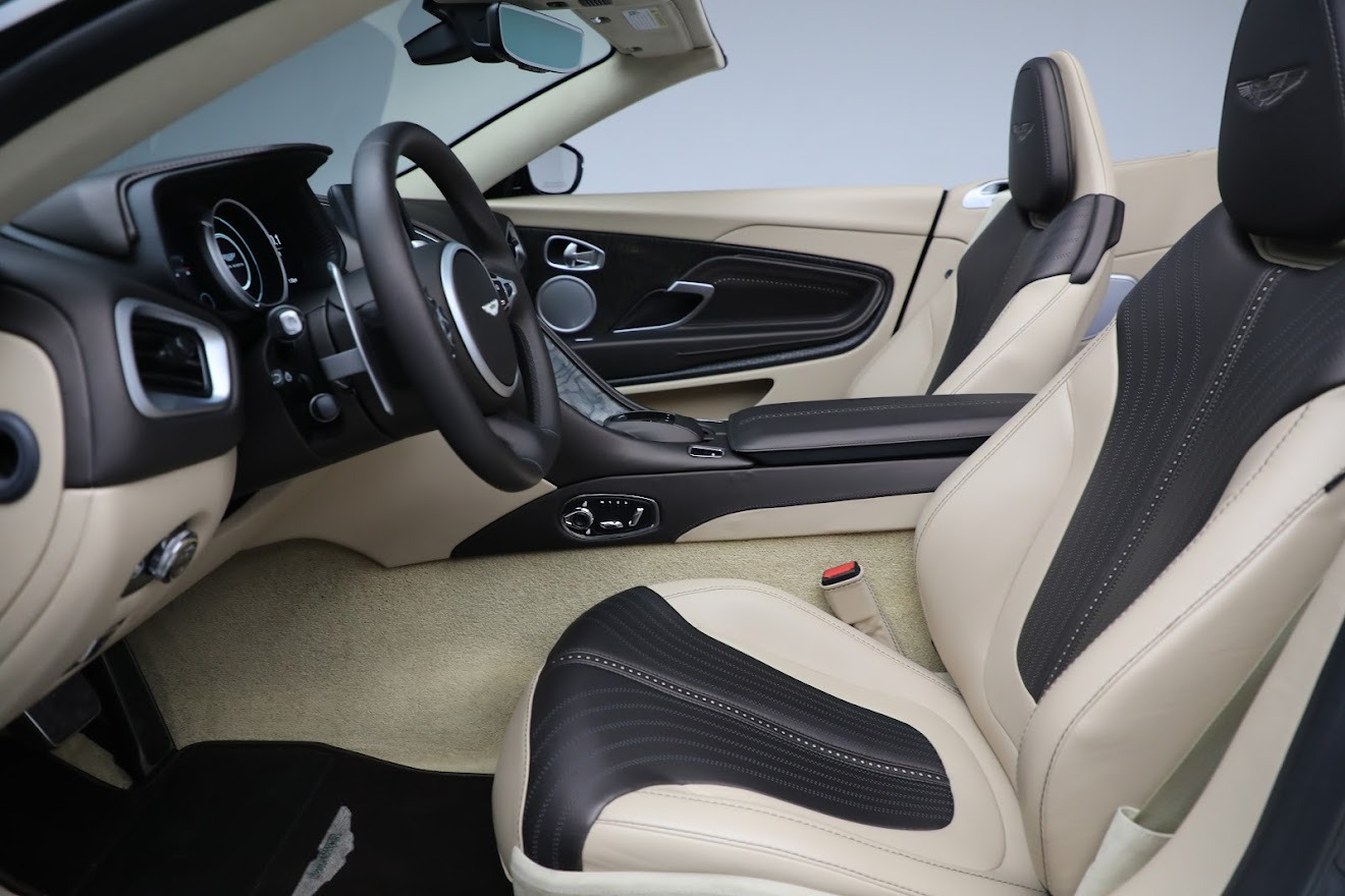 New 2019 Aston Martin DB11 V8 Convertible For Sale In Greenwich, CT 2410_p19