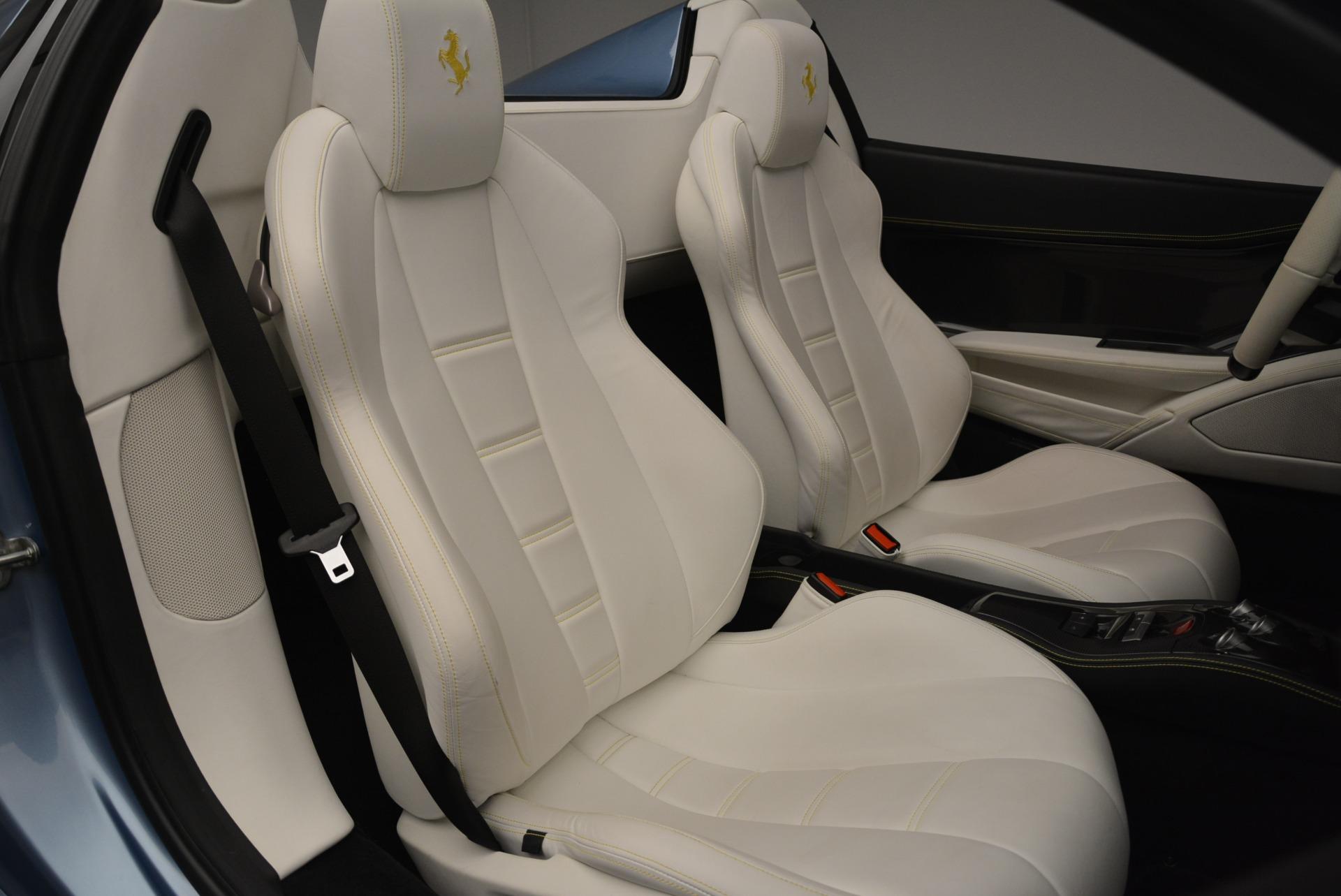 Used 2012 Ferrari 458 Spider  For Sale In Greenwich, CT 2413_p31