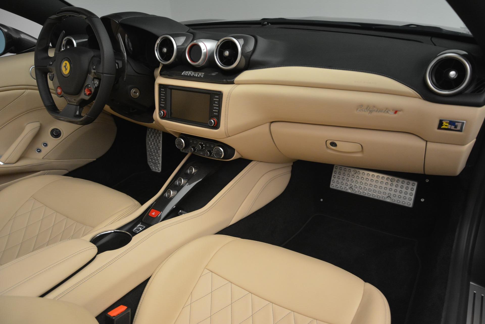 Used 2015 Ferrari California T  For Sale In Greenwich, CT 2415_p30