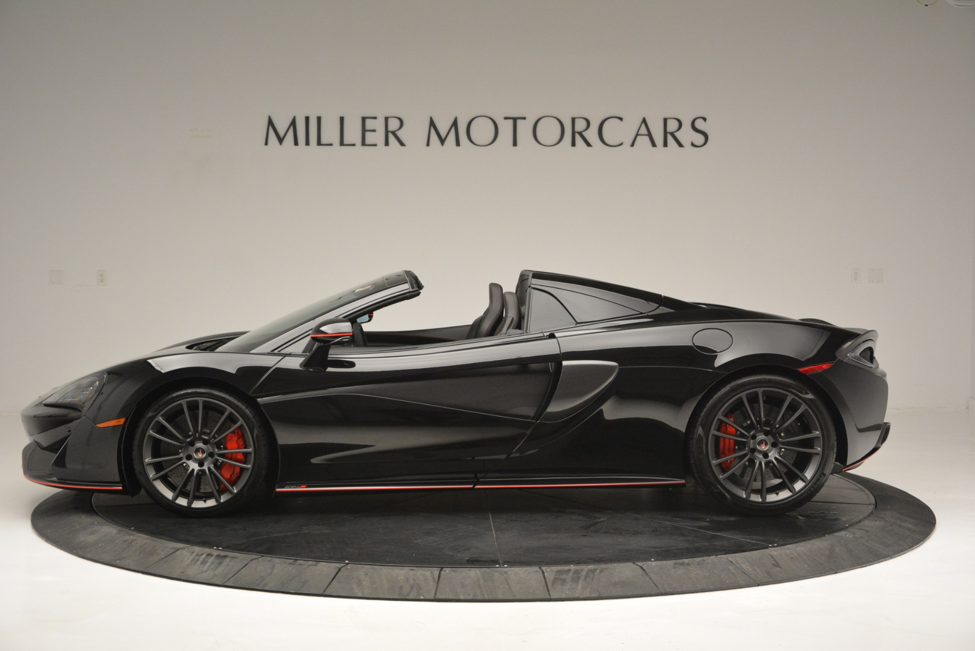 Used 2018 McLaren 570S Spider For Sale In Greenwich, CT 2420_p3