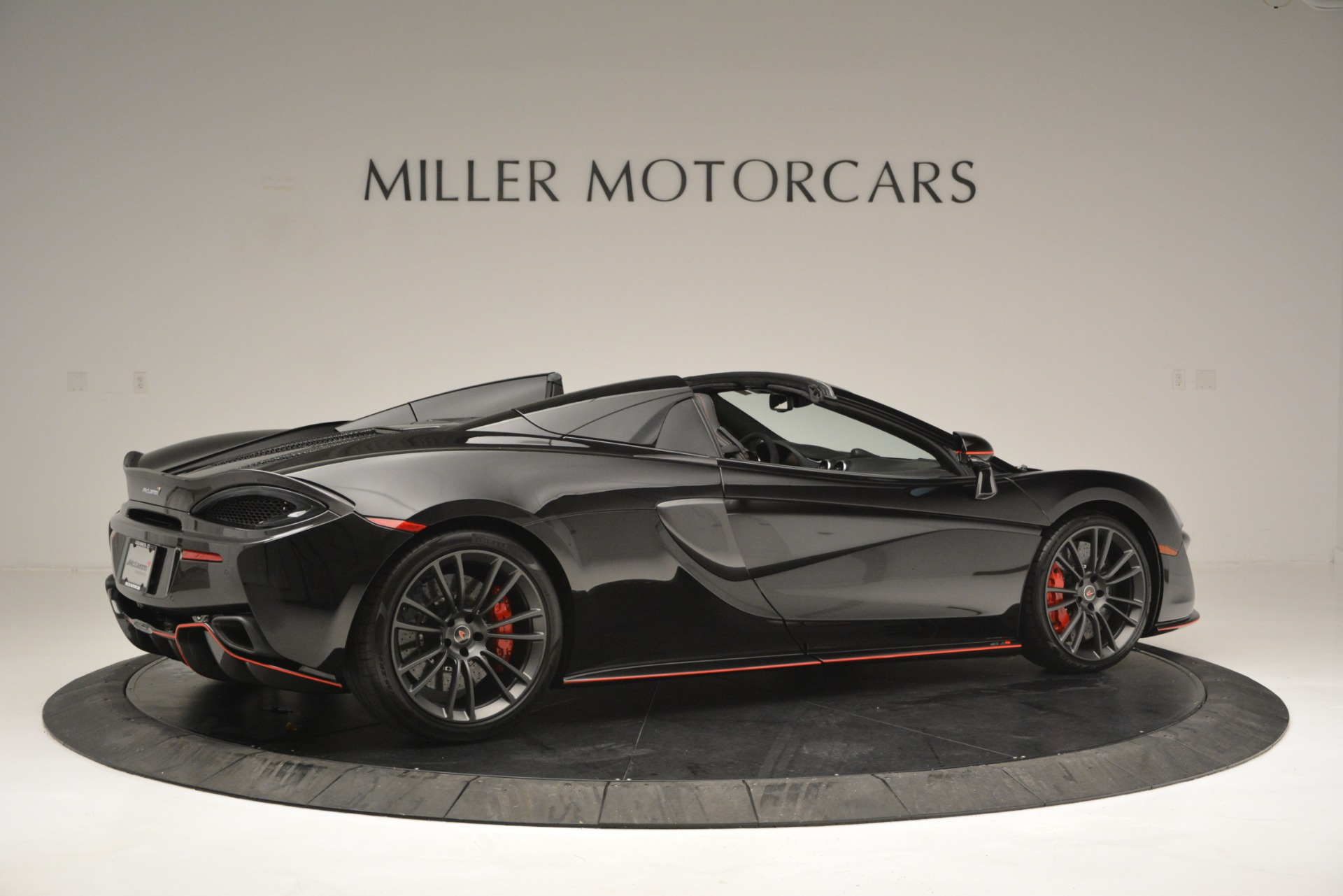 Used 2018 McLaren 570S Spider For Sale In Greenwich, CT 2420_p8
