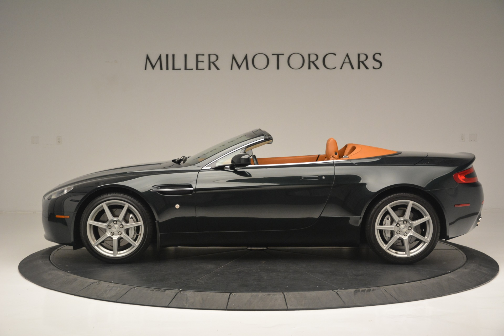 Used 2008 Aston Martin V8 Vantage Roadster For Sale In Greenwich, CT 2422_p3