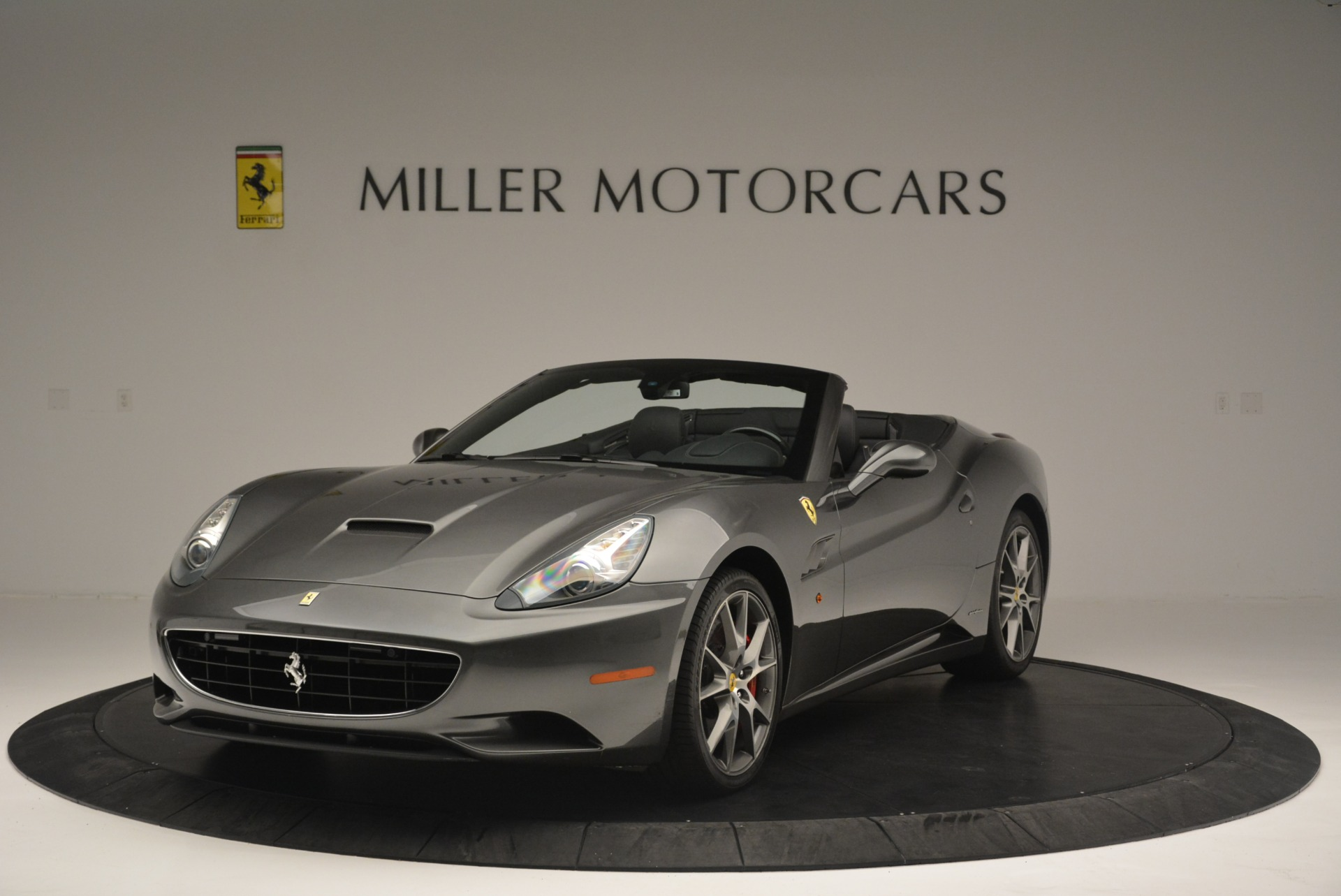 Used 2010 Ferrari California  For Sale In Greenwich, CT 2424_main