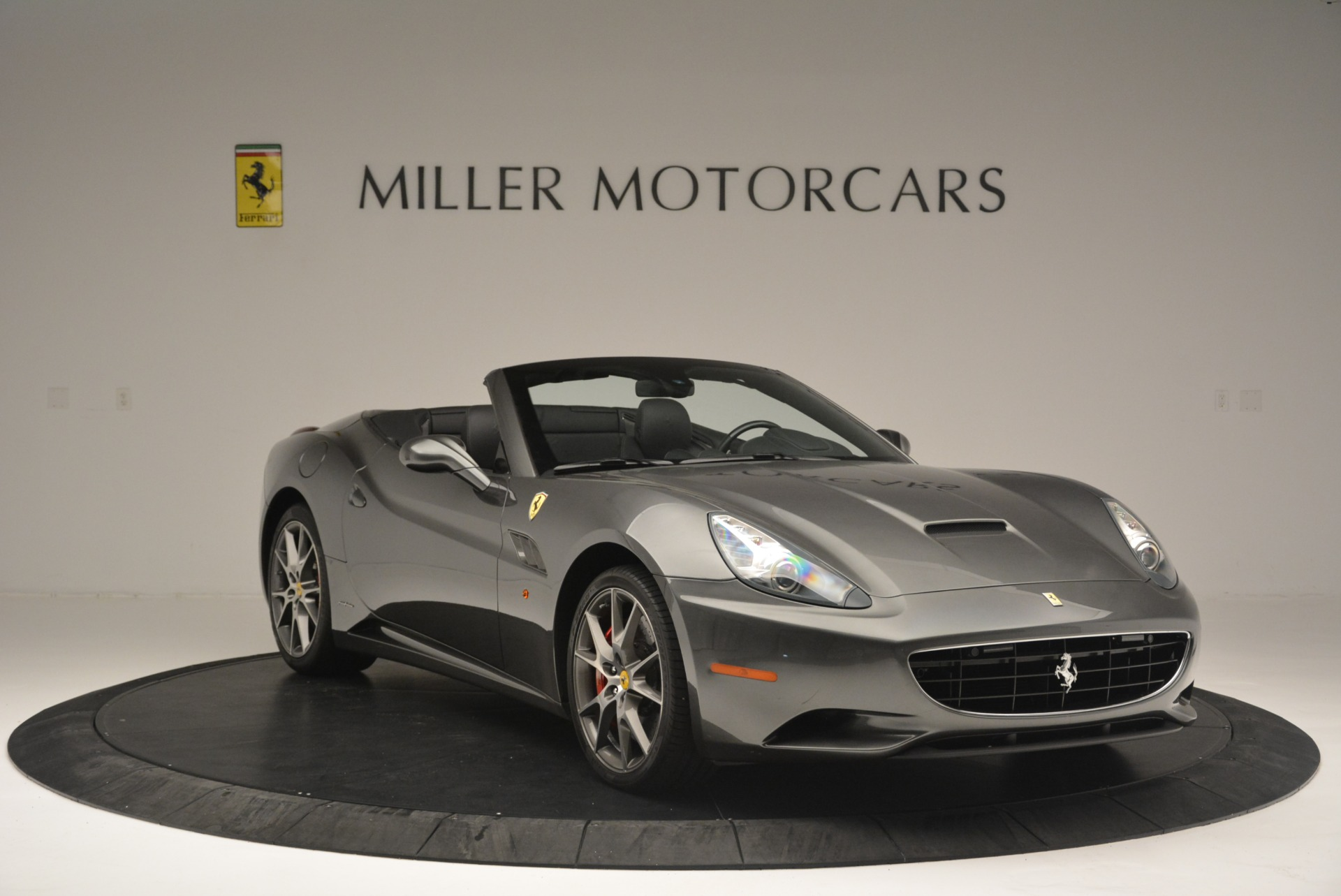 Used 2010 Ferrari California  For Sale In Greenwich, CT 2424_p11