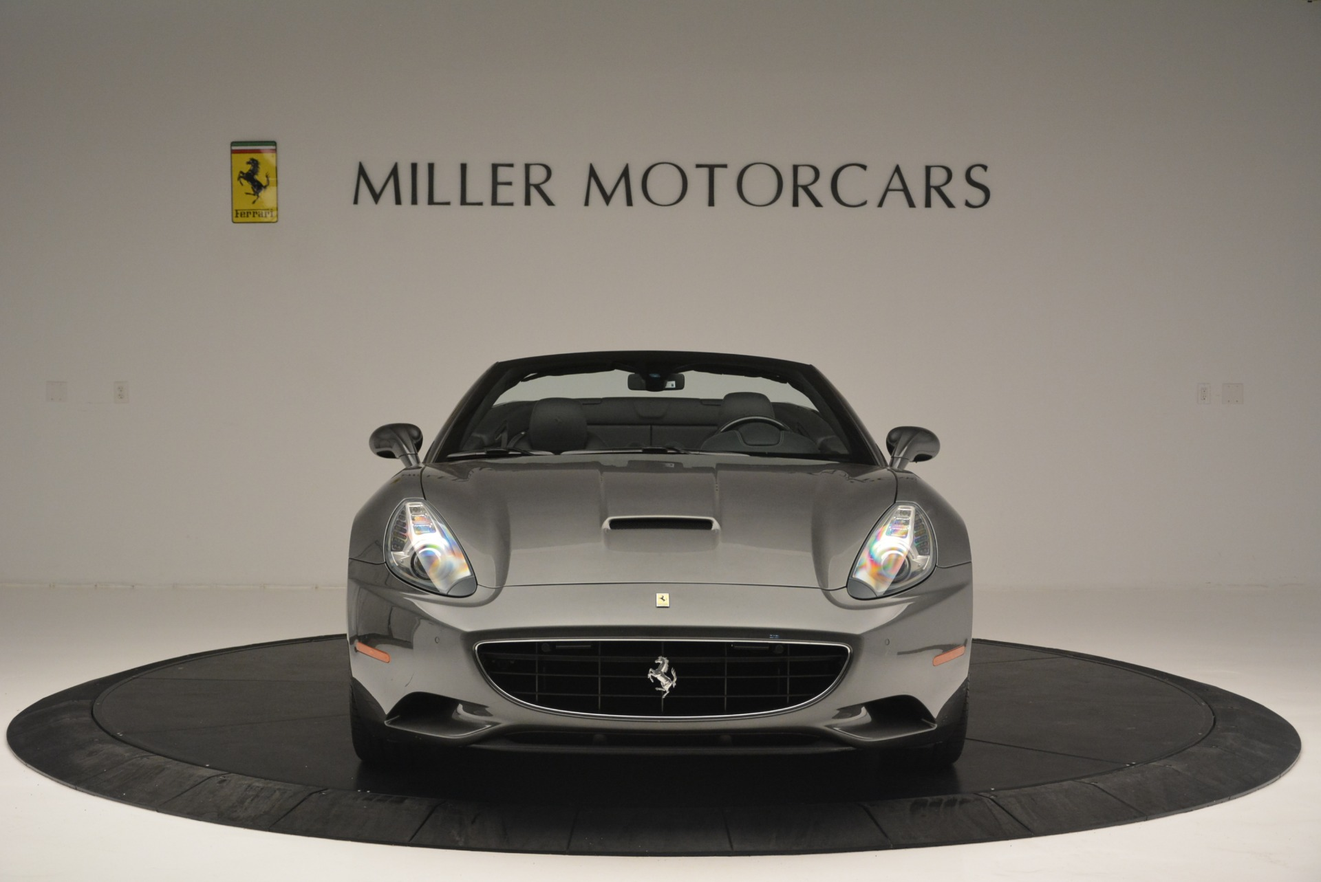 Used 2010 Ferrari California  For Sale In Greenwich, CT 2424_p12