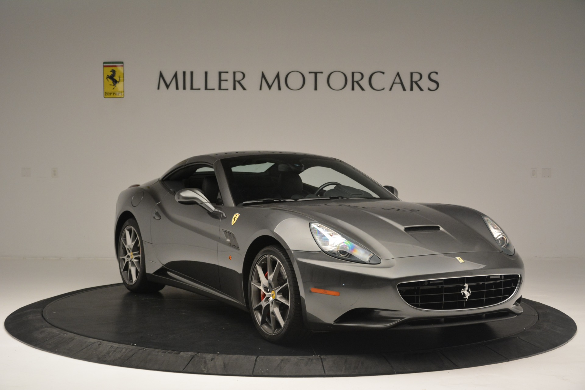 Used 2010 Ferrari California  For Sale In Greenwich, CT 2424_p23