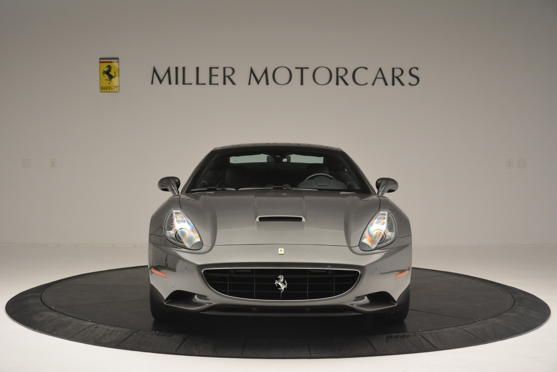 Used 2010 Ferrari California  For Sale In Greenwich, CT 2424_p24