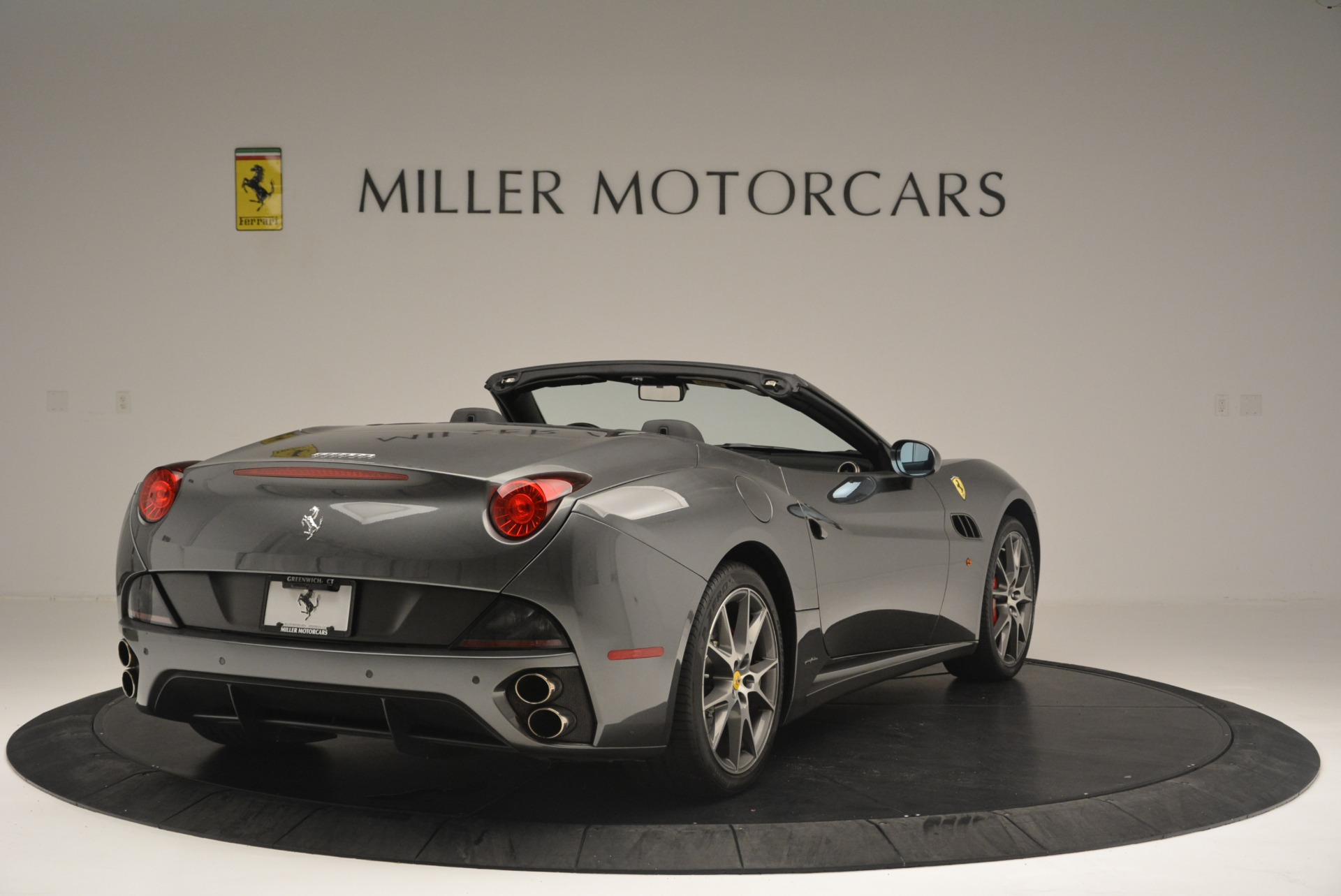 Used 2010 Ferrari California  For Sale In Greenwich, CT 2424_p7