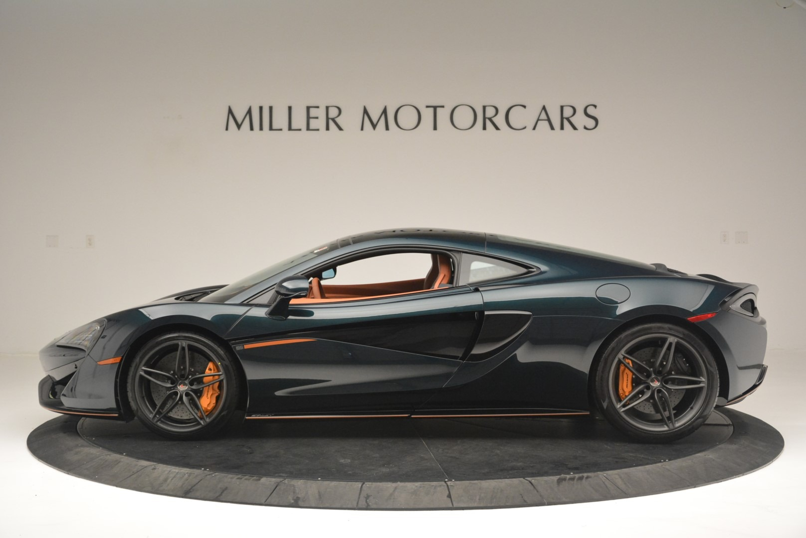 New 2018 McLaren 570GT Coupe For Sale In Greenwich, CT 2425_p3