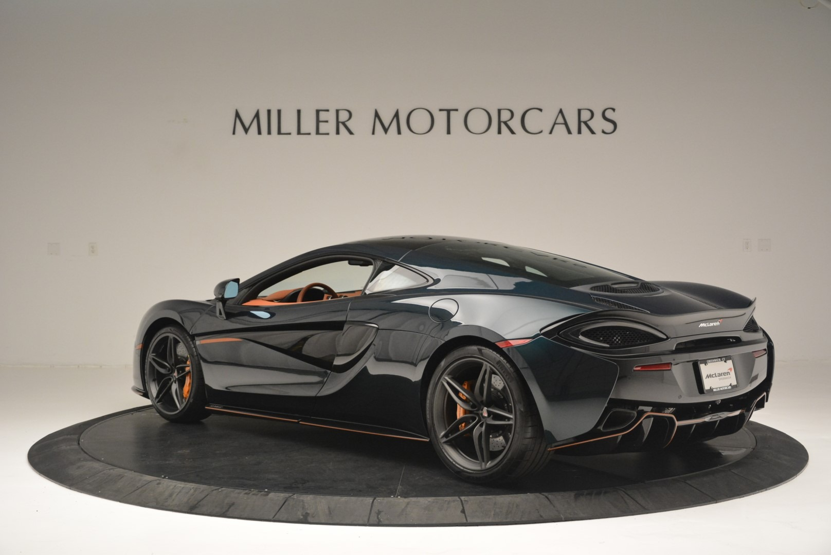 New 2018 McLaren 570GT Coupe For Sale In Greenwich, CT 2425_p4