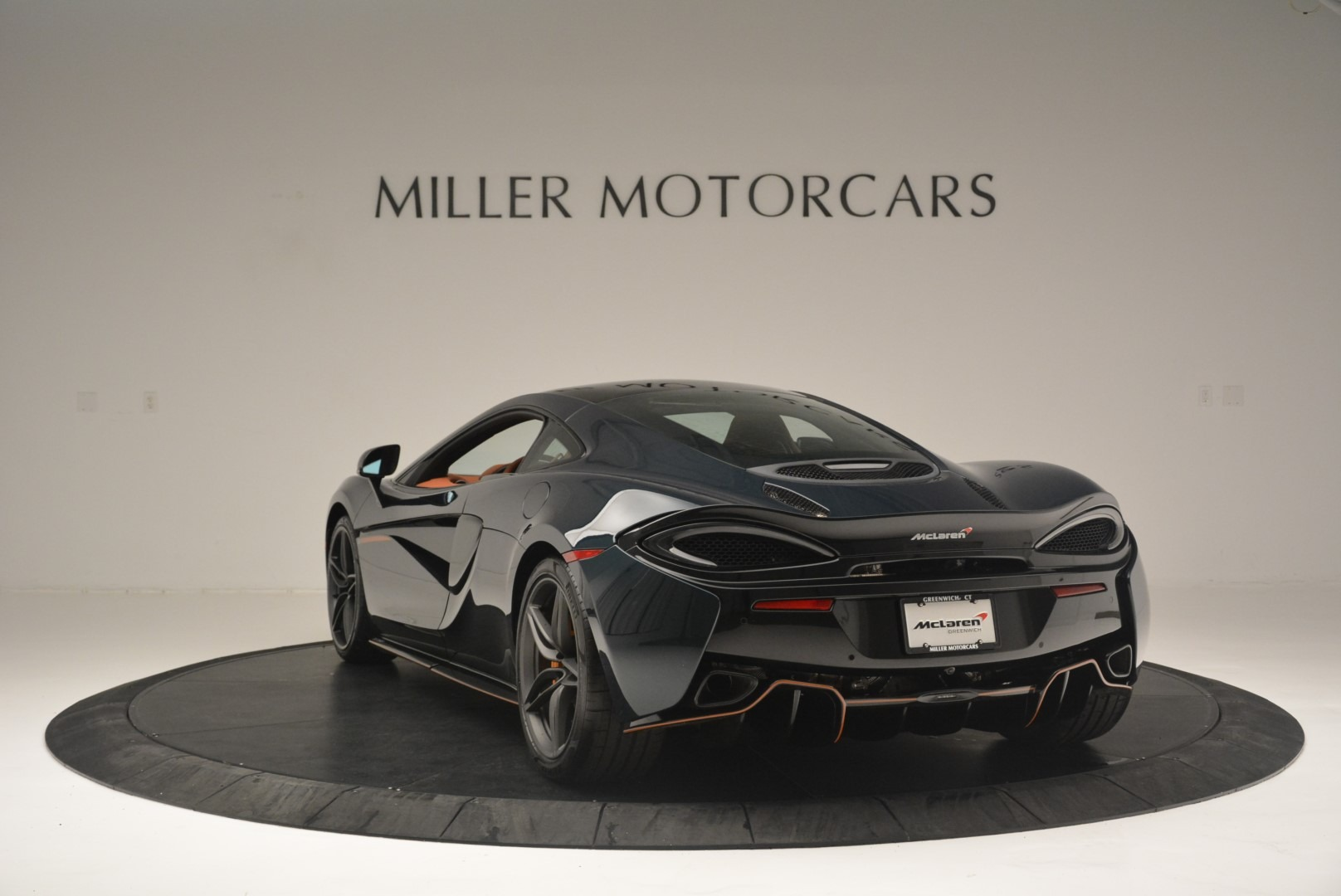 New 2018 McLaren 570GT Coupe For Sale In Greenwich, CT 2425_p5