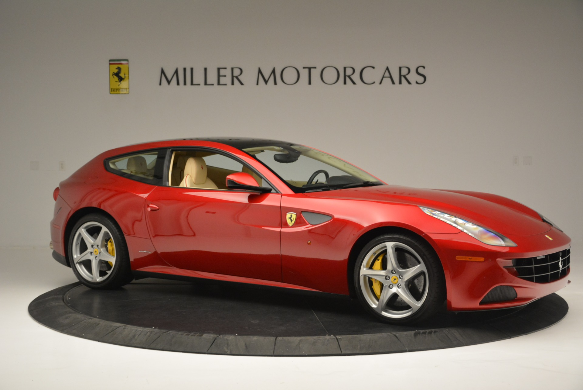Used 2014 Ferrari FF  For Sale In Greenwich, CT 2428_p10