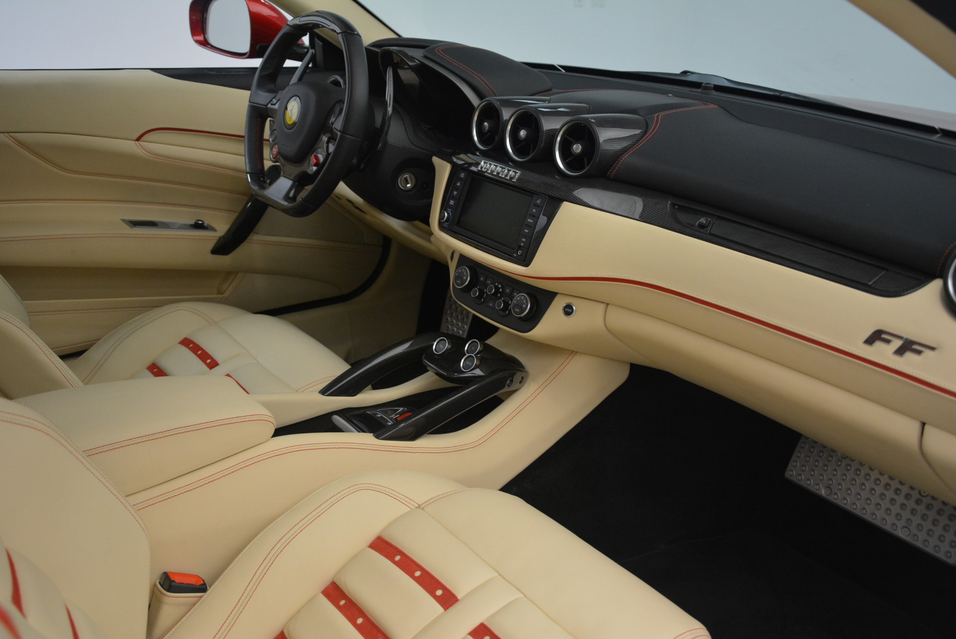 Used 2014 Ferrari FF  For Sale In Greenwich, CT 2428_p19