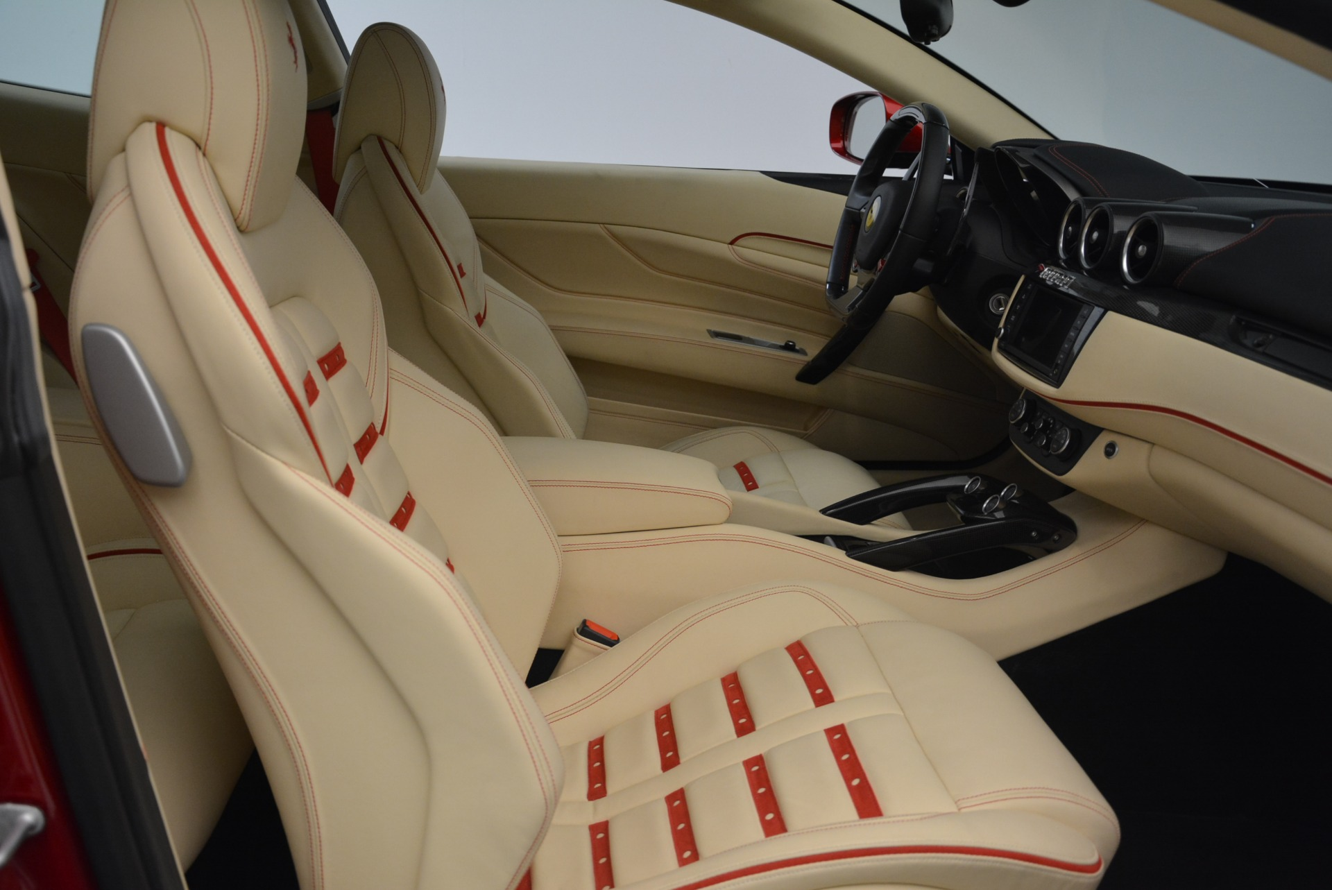 Used 2014 Ferrari FF  For Sale In Greenwich, CT 2428_p20