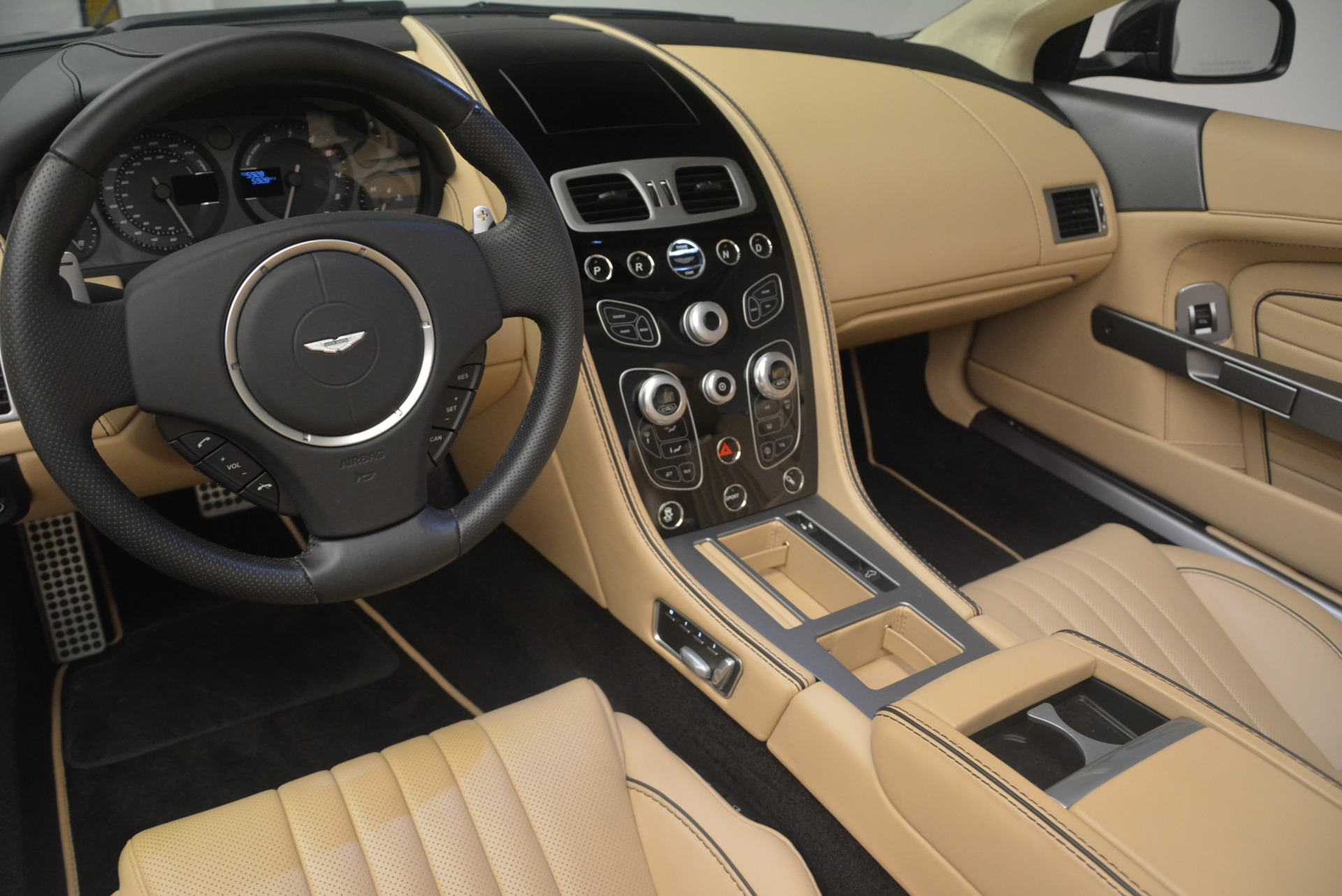 Used 2016 Aston Martin DB9 GT Volante For Sale In Greenwich, CT 2429_p25