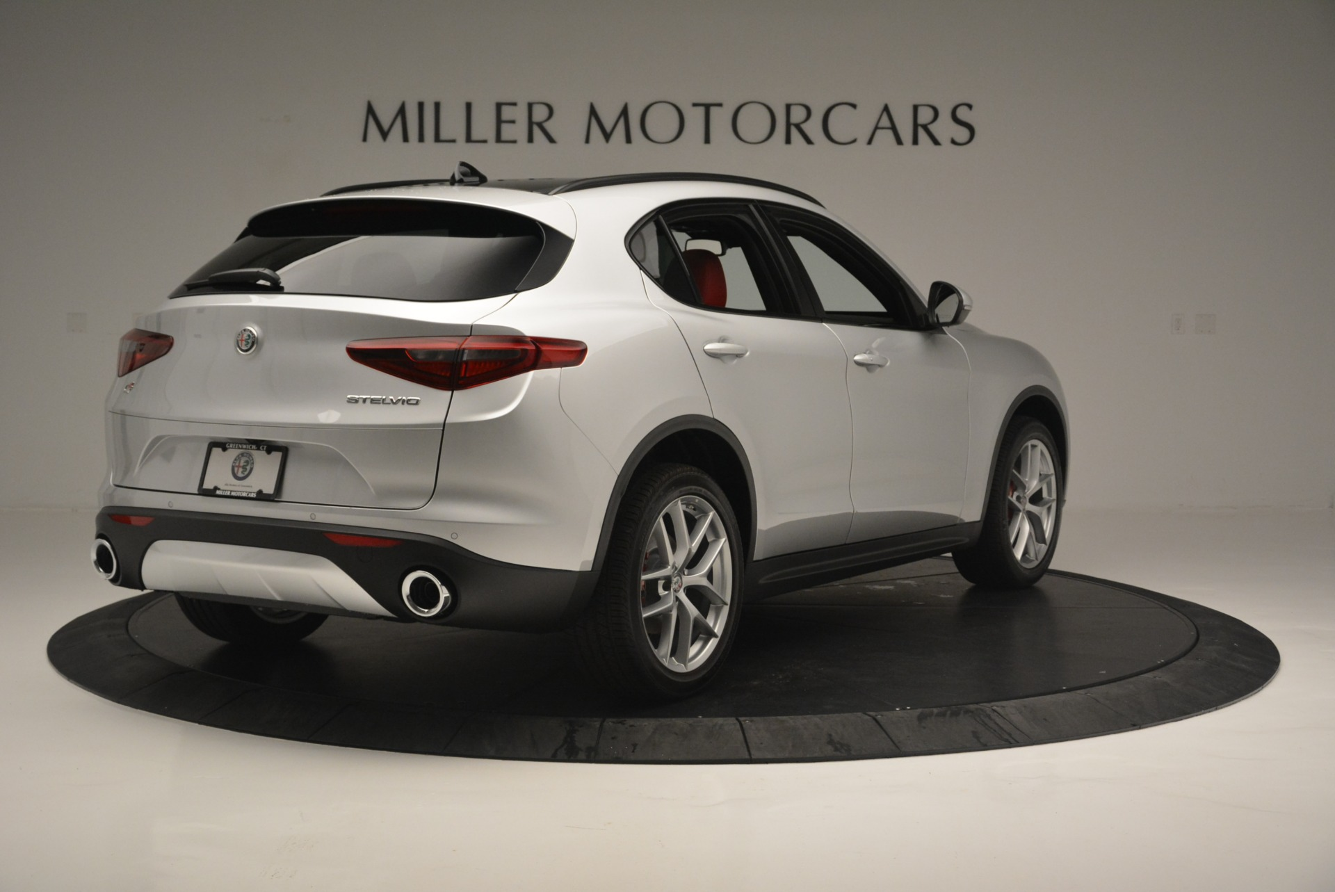New 2018 Alfa Romeo Stelvio Ti Sport Q4 For Sale In Greenwich, CT 2434_p8