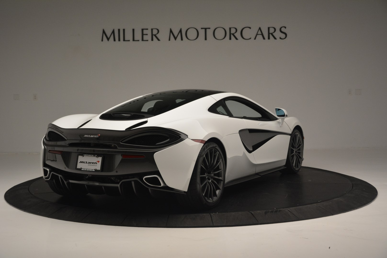 Used 2018 McLaren 570GT  For Sale In Greenwich, CT 2442_p7