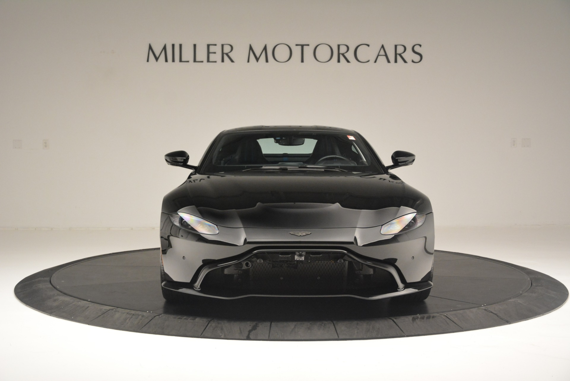 Used 2019 Aston Martin Vantage Coupe For Sale In Greenwich, CT 2445_p12