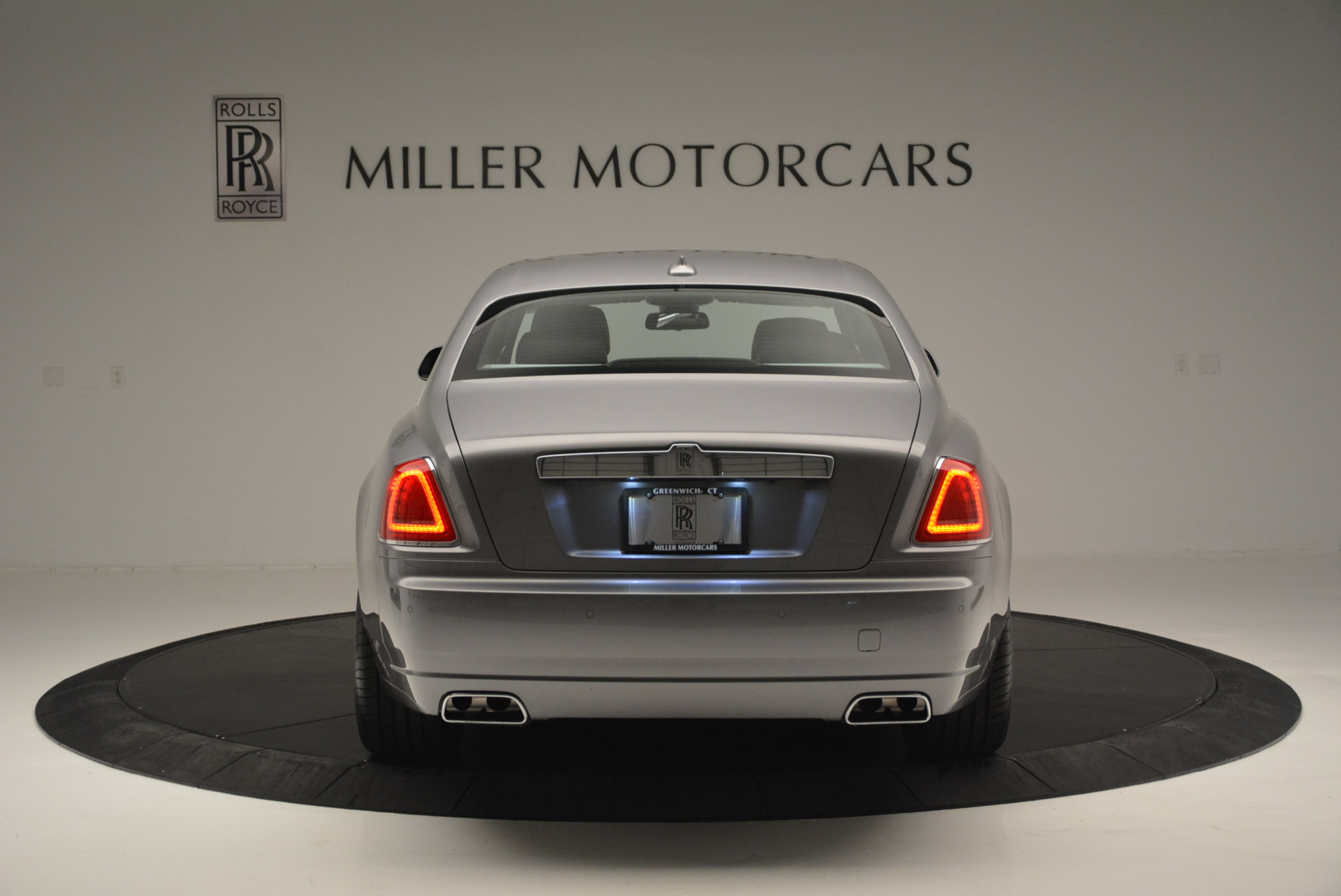 Used 2012 Rolls-Royce Ghost  For Sale In Greenwich, CT 2447_p6