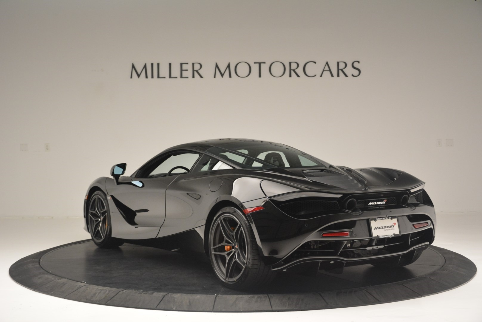 Used 2018 McLaren 720S Coupe For Sale In Greenwich, CT 2449_p5