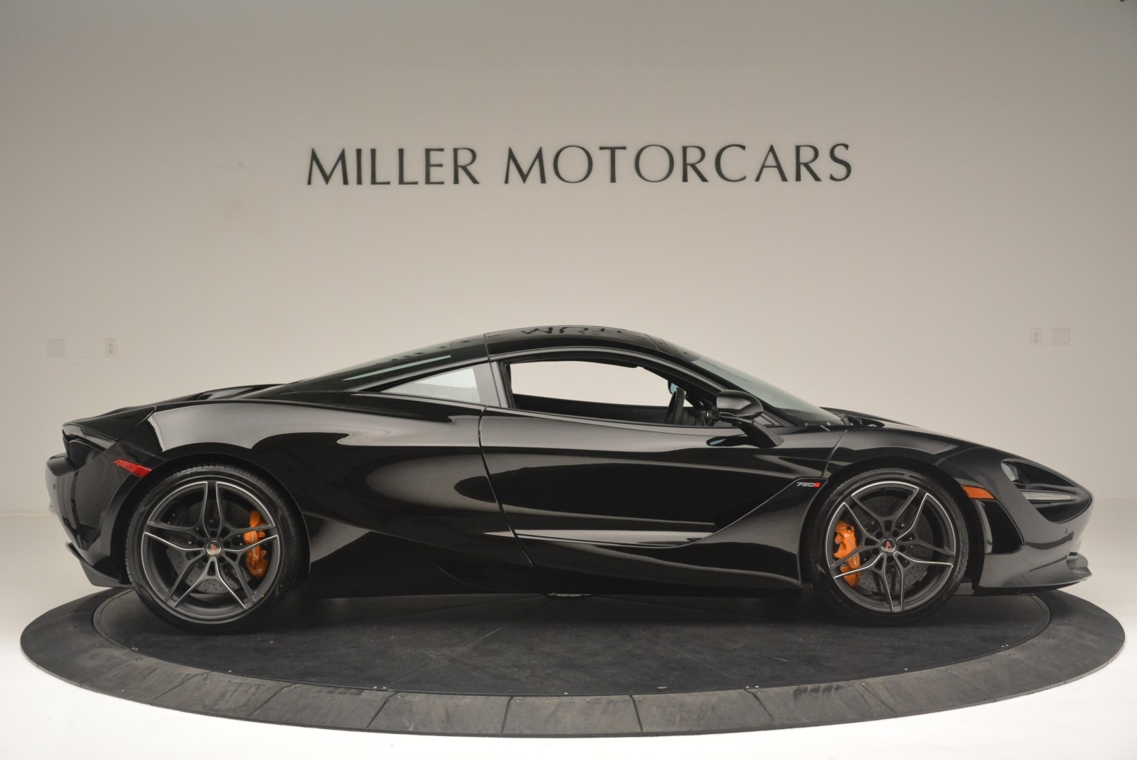 Used 2018 McLaren 720S Coupe For Sale In Greenwich, CT 2449_p9
