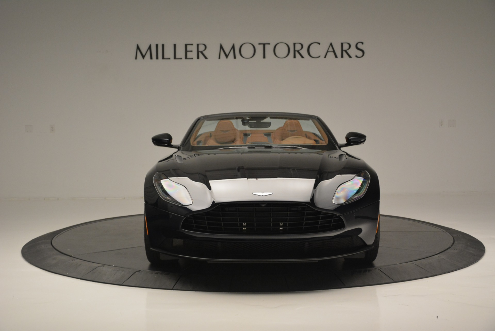 New 2019 Aston Martin DB11 Volante Volante For Sale In Greenwich, CT 2450_p12