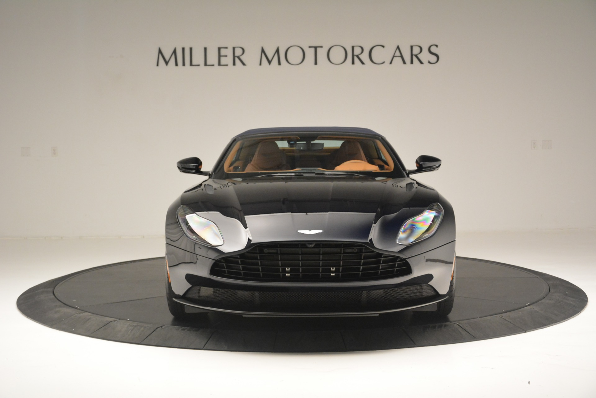 New 2019 Aston Martin DB11 Volante Volante For Sale In Greenwich, CT 2450_p19