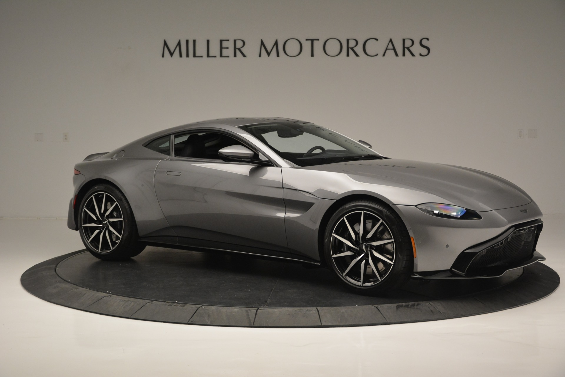 New 2019 Aston Martin Vantage  For Sale In Greenwich, CT 2452_p10
