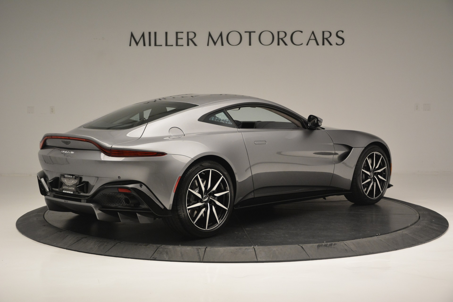 New 2019 Aston Martin Vantage  For Sale In Greenwich, CT 2452_p8