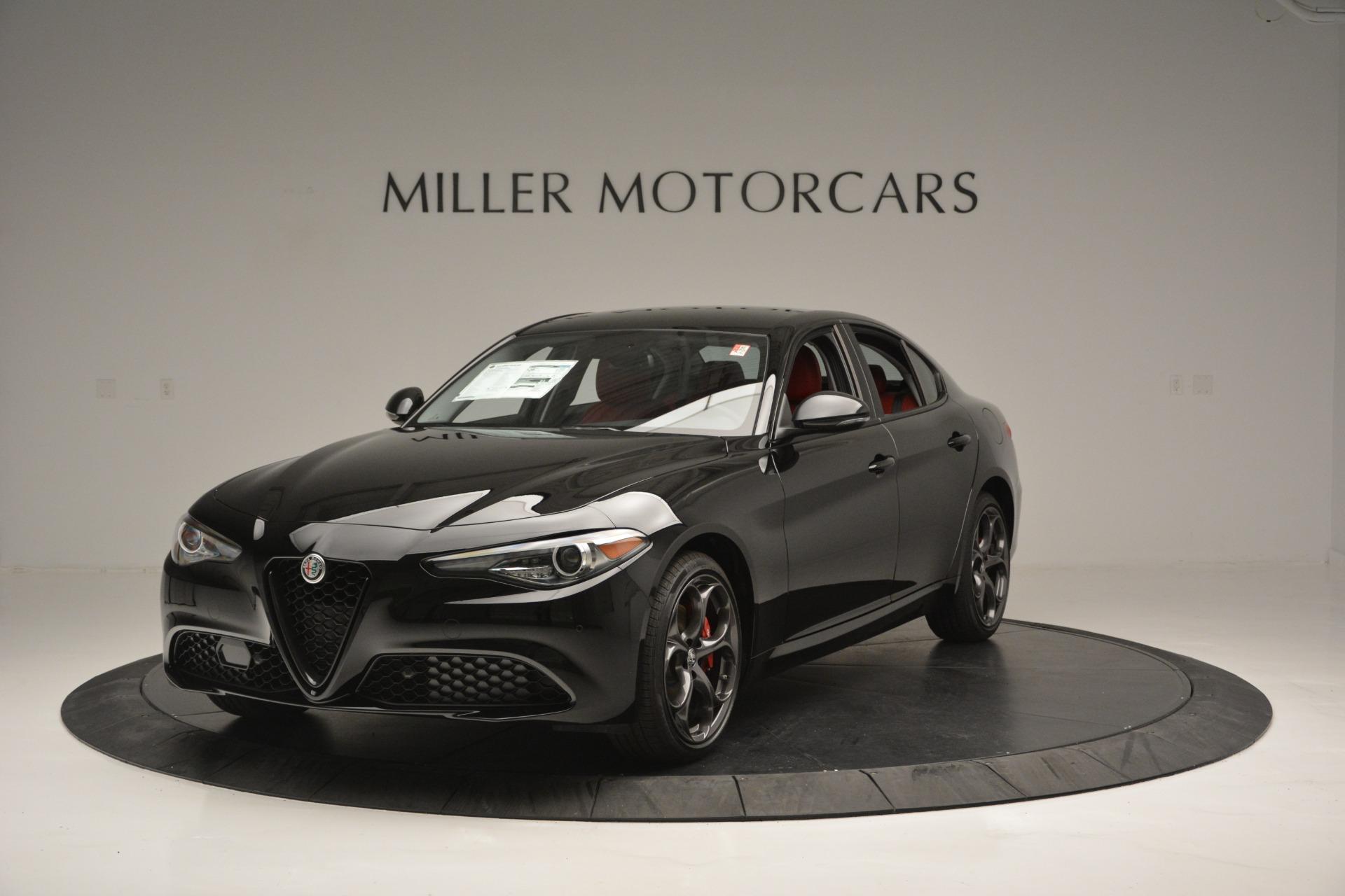 New 2018 Alfa Romeo Giulia Q4 For Sale In Greenwich, CT 2453_main