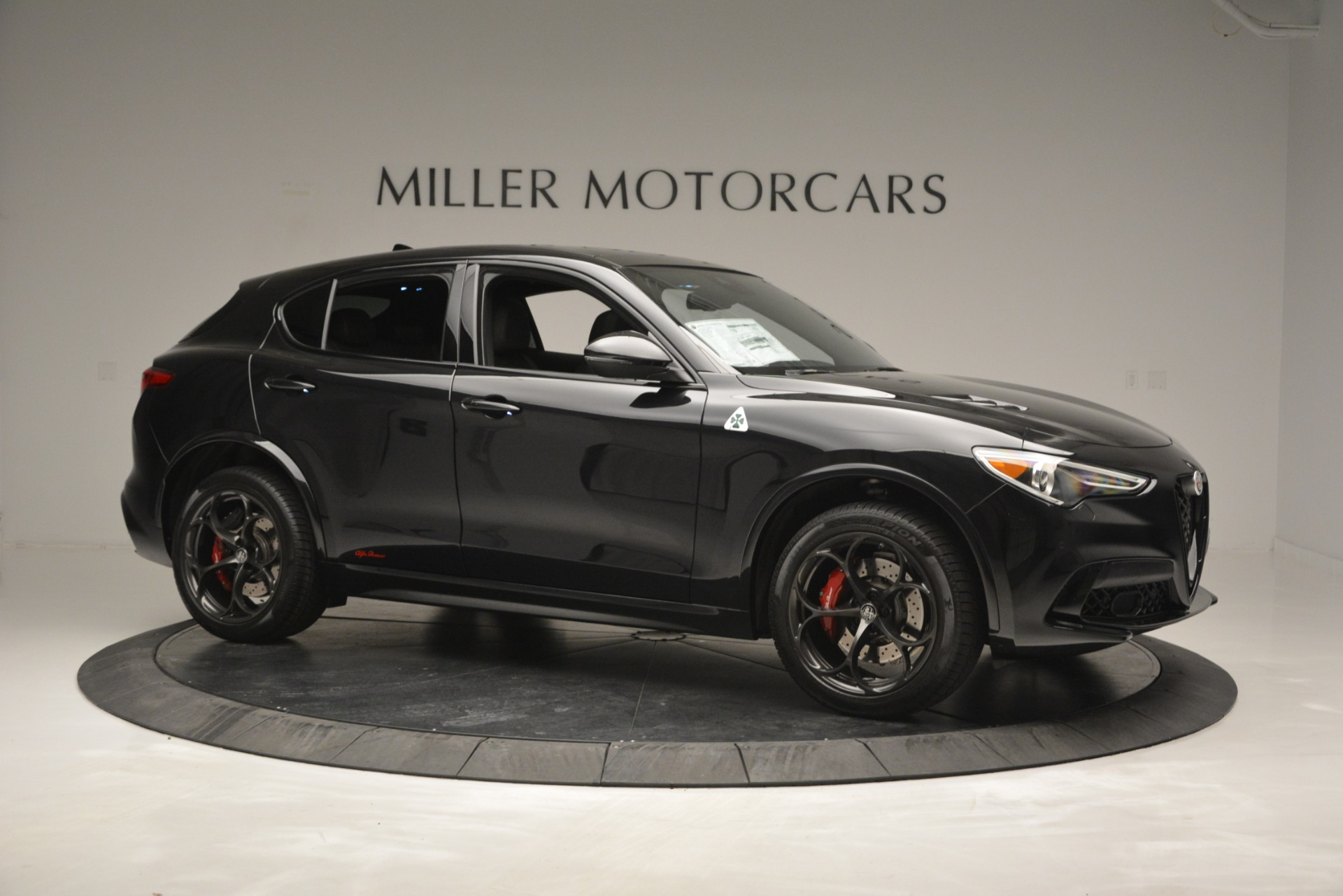 New 2018 Alfa Romeo Stelvio Quadrifoglio For Sale In Greenwich, CT 2460_p10