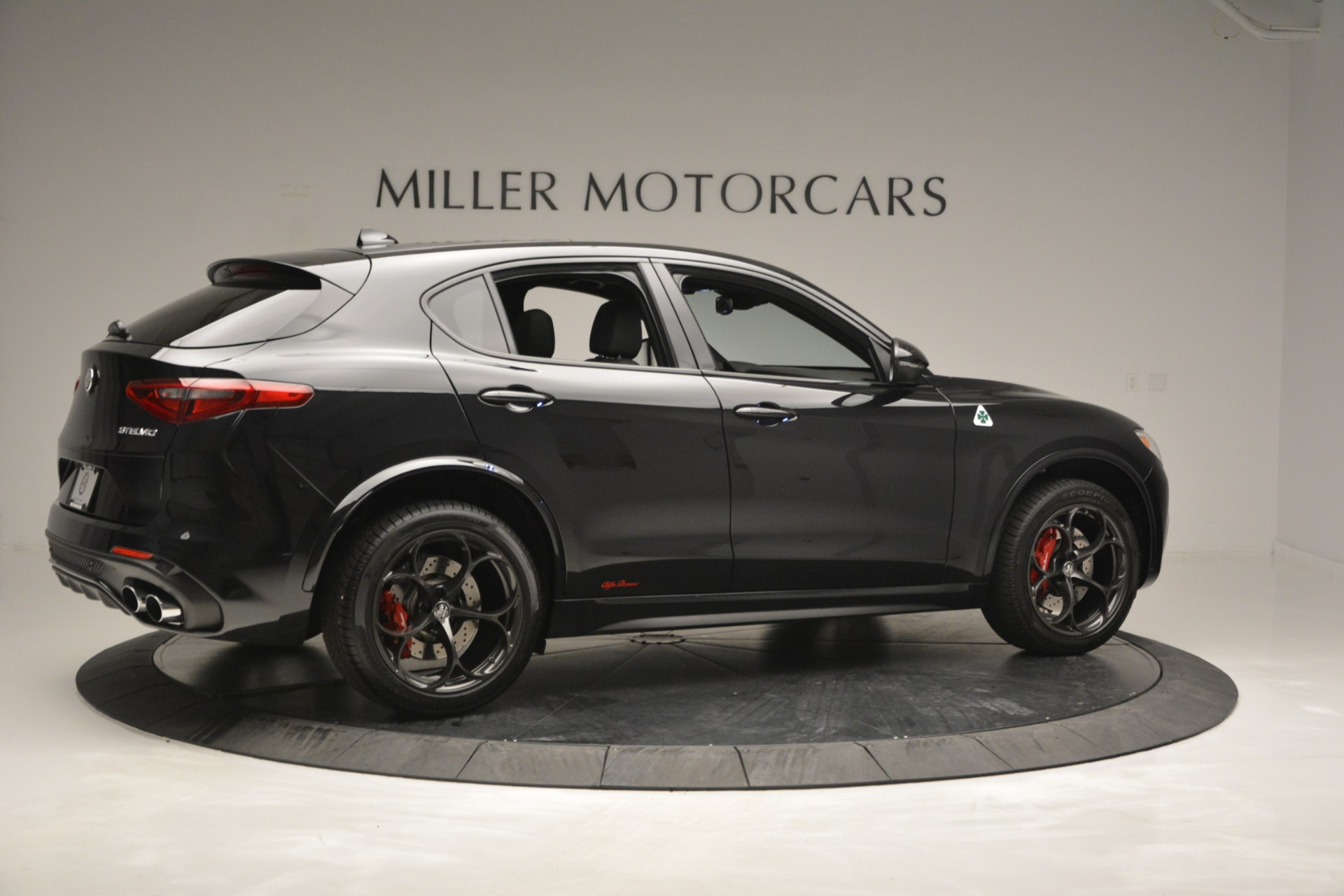 New 2018 Alfa Romeo Stelvio Quadrifoglio For Sale In Greenwich, CT 2460_p8