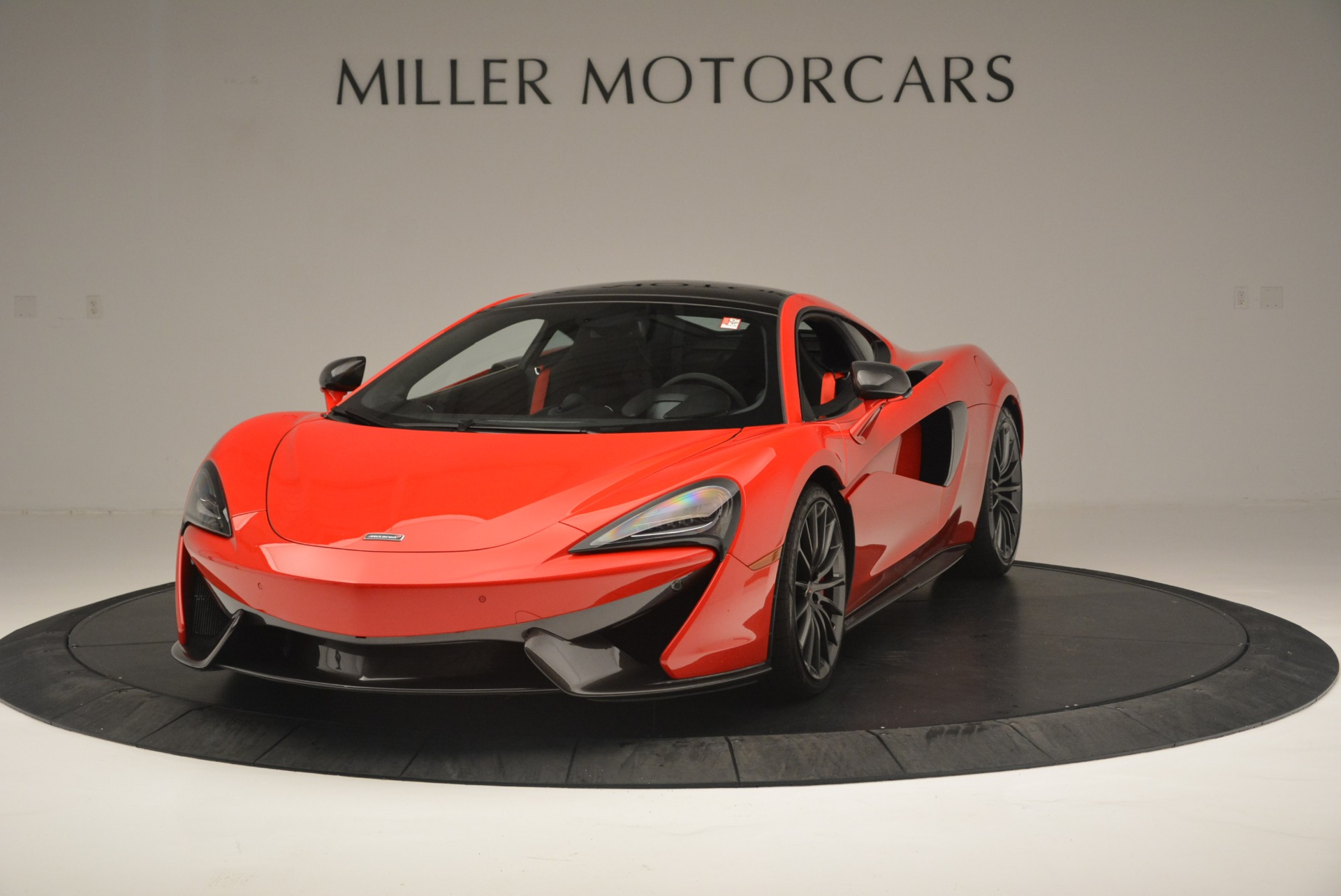Used 2018 McLaren 570GT  For Sale In Greenwich, CT 2462_main