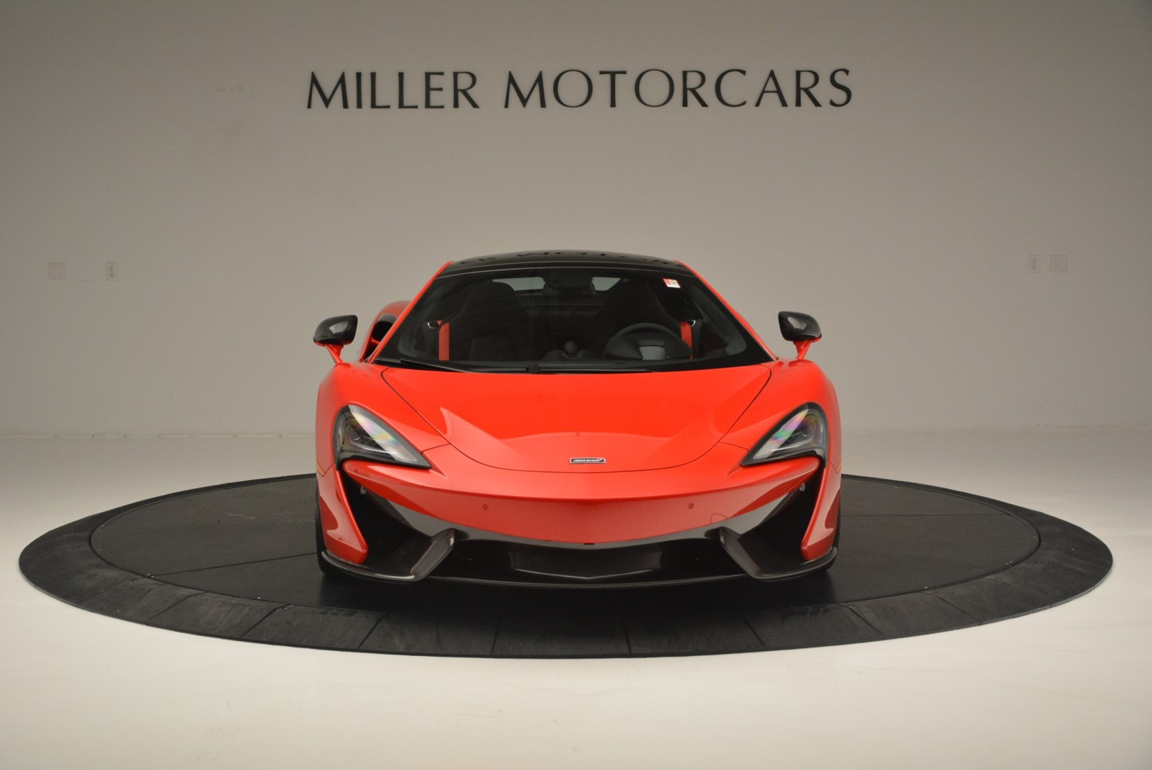 Used 2018 McLaren 570GT  For Sale In Greenwich, CT 2462_p12