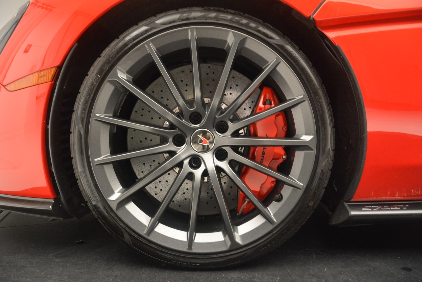 Used 2018 McLaren 570GT  For Sale In Greenwich, CT 2462_p17