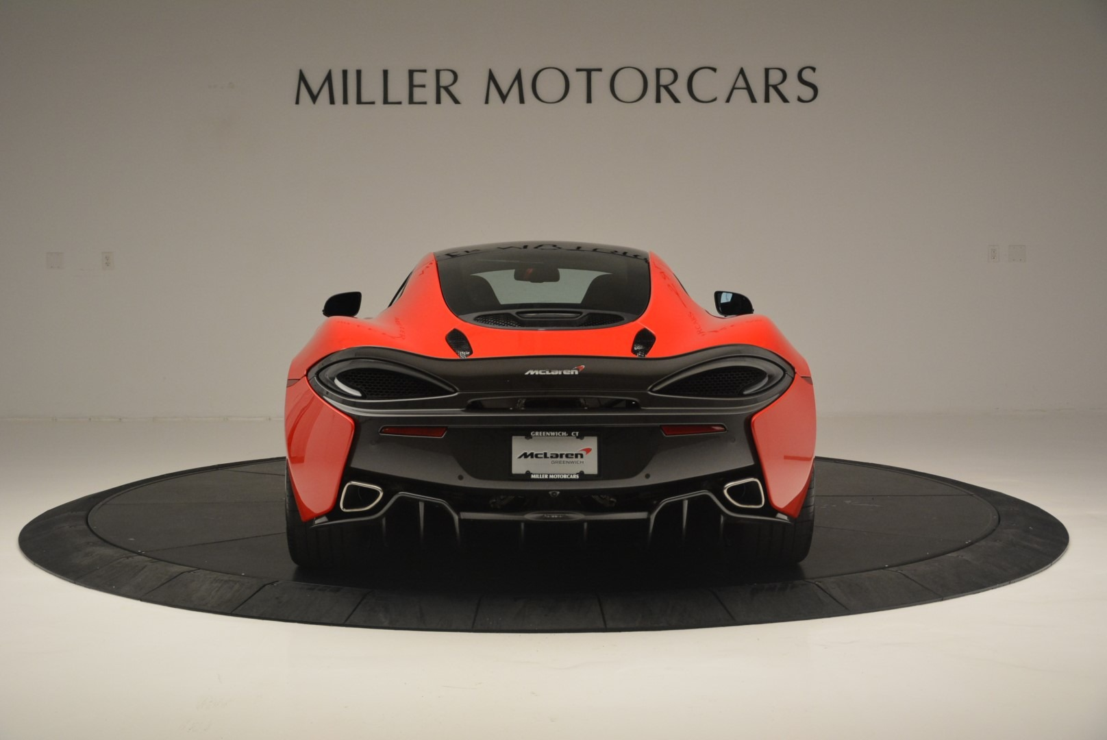 Used 2018 McLaren 570GT  For Sale In Greenwich, CT 2462_p6