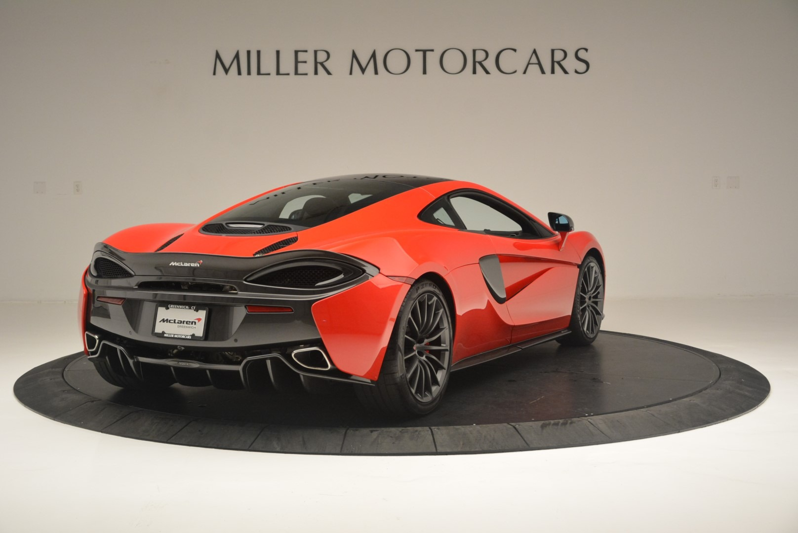 Used 2018 McLaren 570GT  For Sale In Greenwich, CT 2462_p7