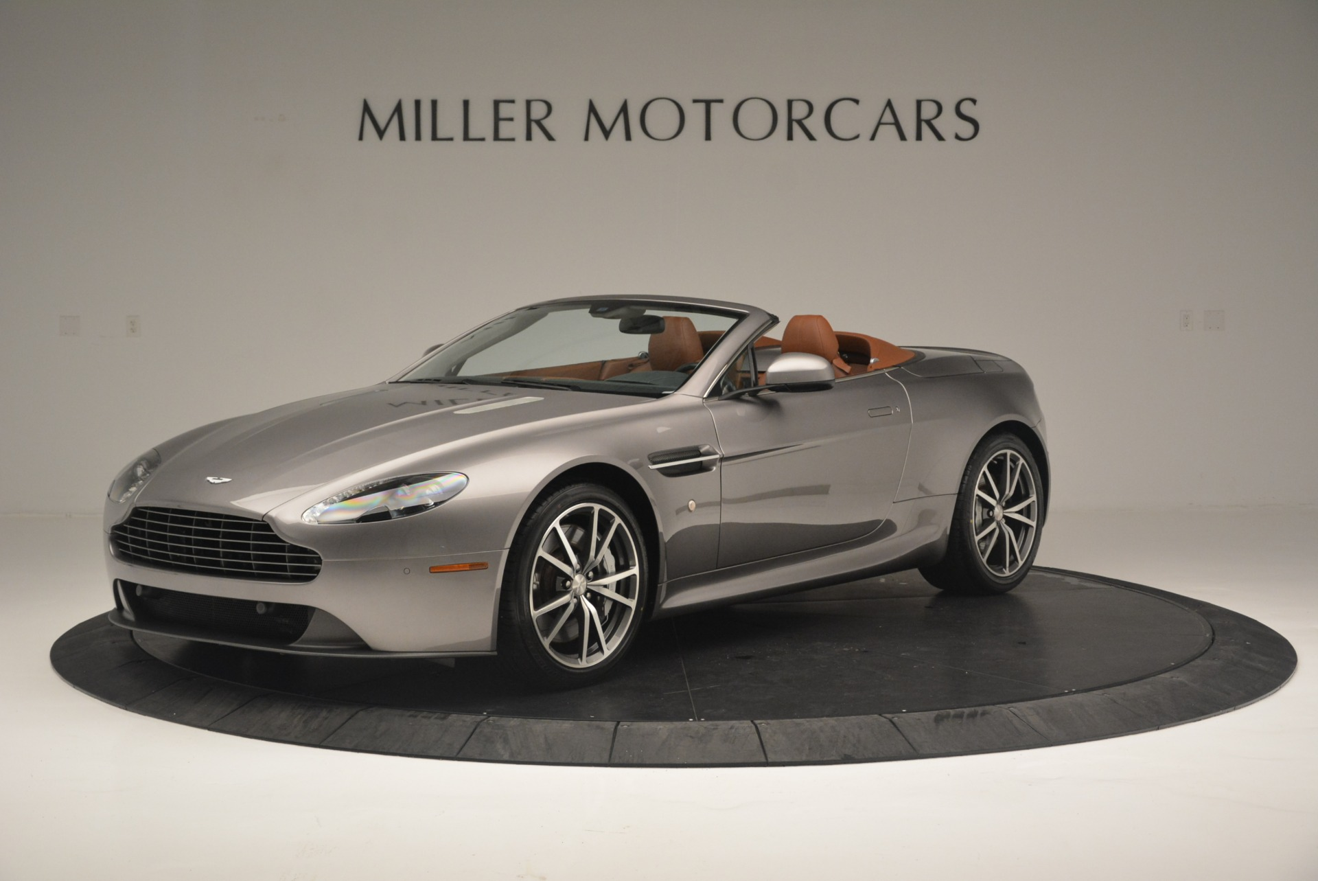 Used 2015 Aston Martin V8 Vantage Roadster For Sale In Greenwich, CT