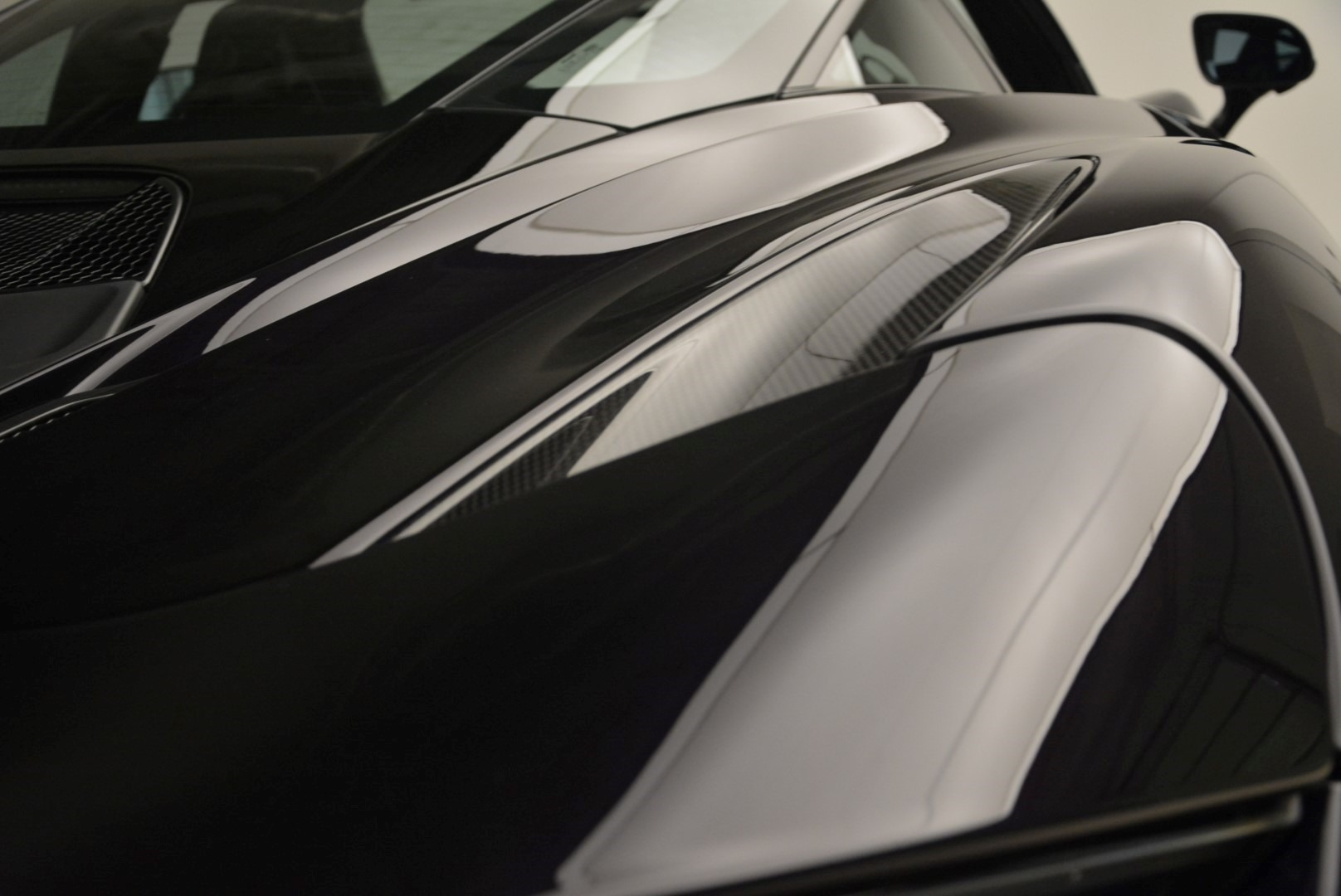 Used 2018 McLaren 720S Coupe For Sale In Greenwich, CT 2474_p22